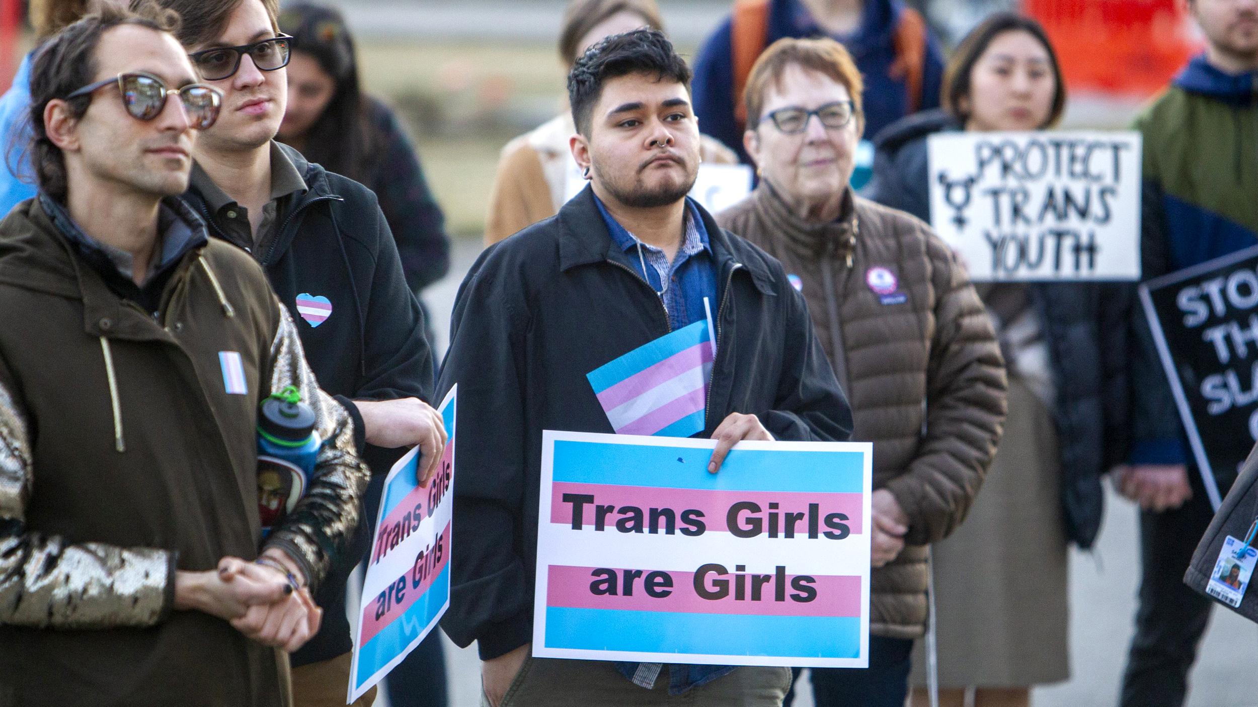 Người chuyển giới gặp rào cản về kì thị và phân biệt đối xử