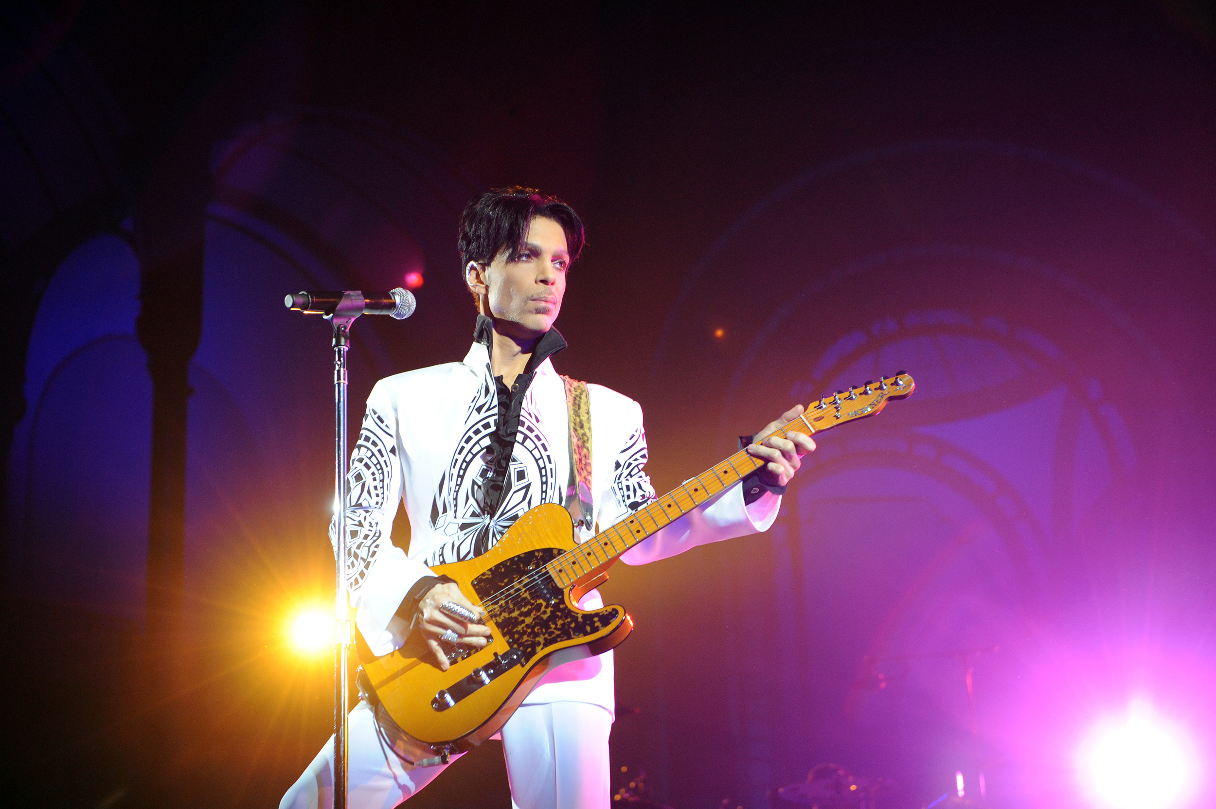 Prince's-estate-to-release-'lost'-2010-album-'Welcome-2-America'-in-July