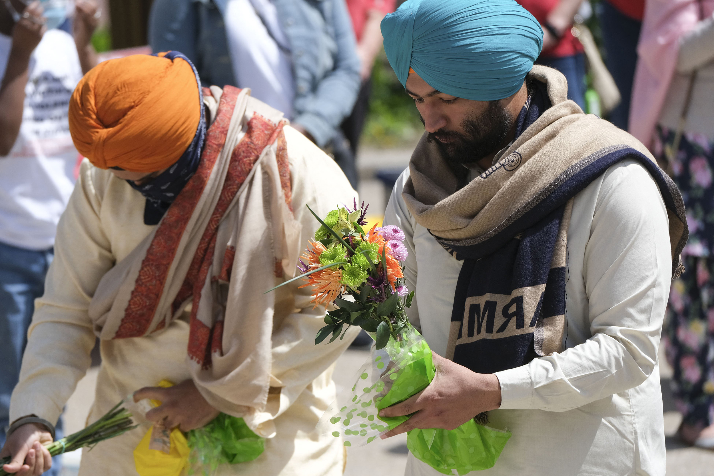 FBI says FedEx shooting not a hate crime; Indianapolis Sikhs still want answers