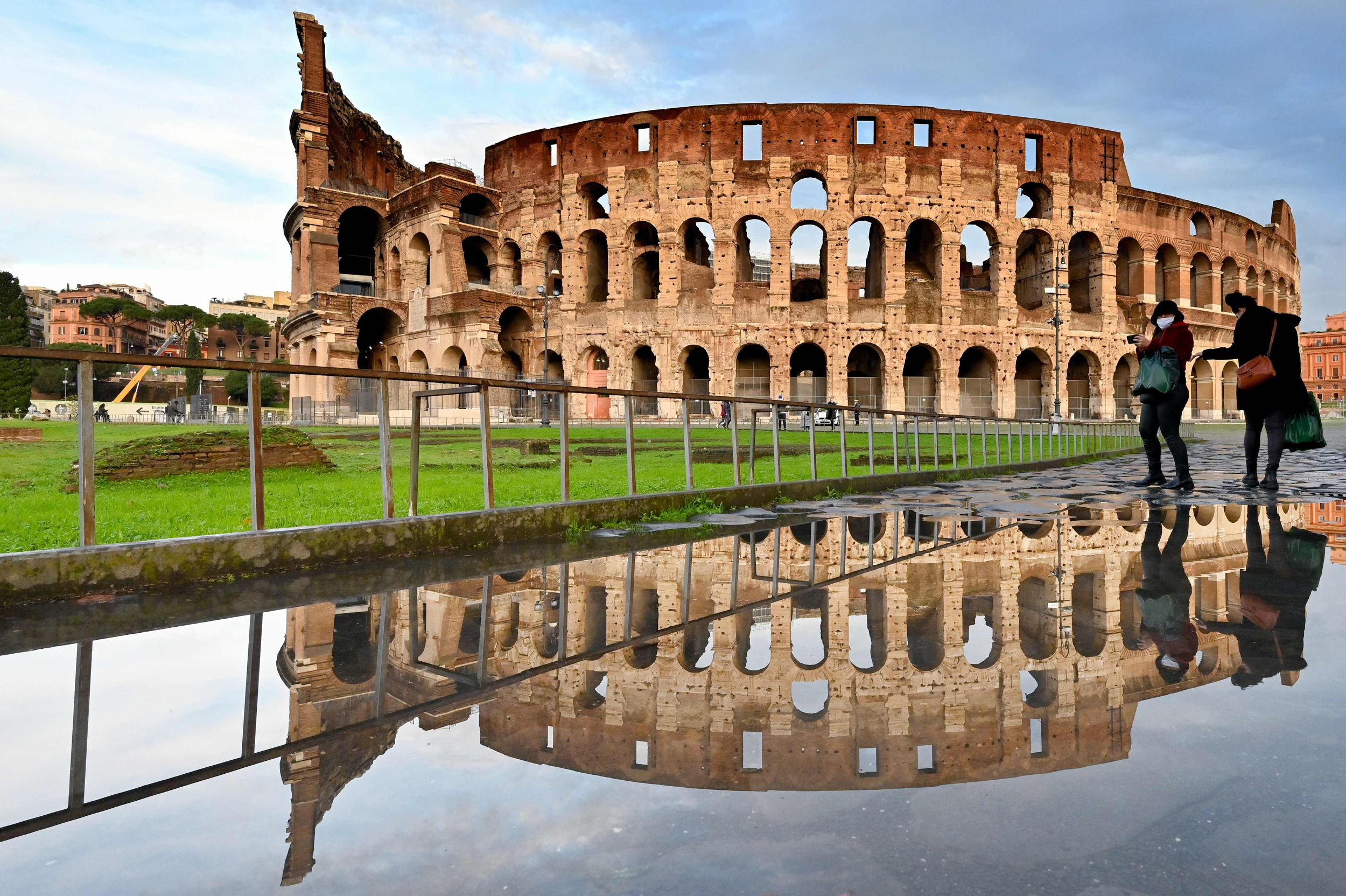 Rome S Colosseum To Get 22 Million New Floor To Give Tourists A Gladiator S View