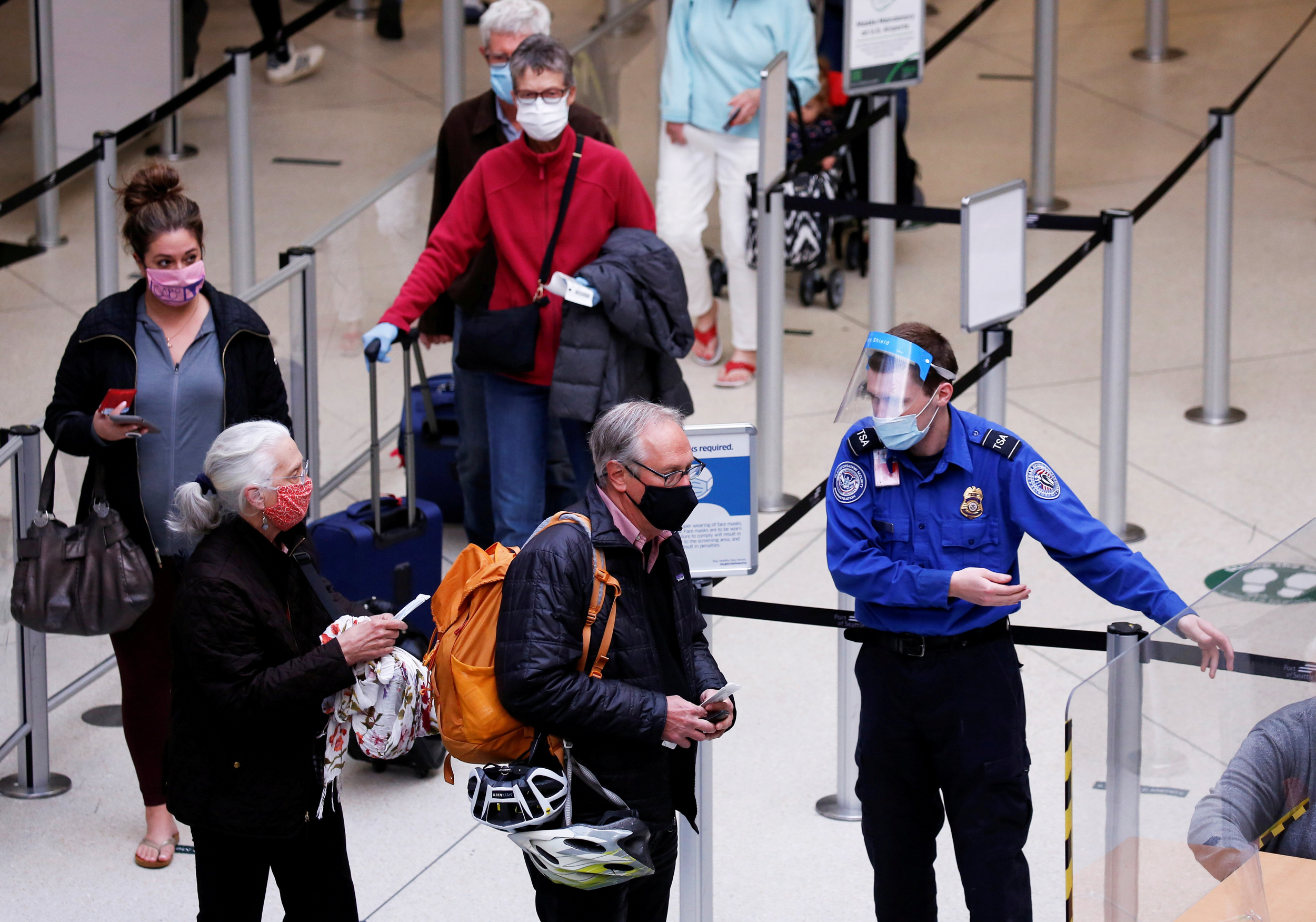 TSA screens more than 2 million on Friday for the first time since March 2020