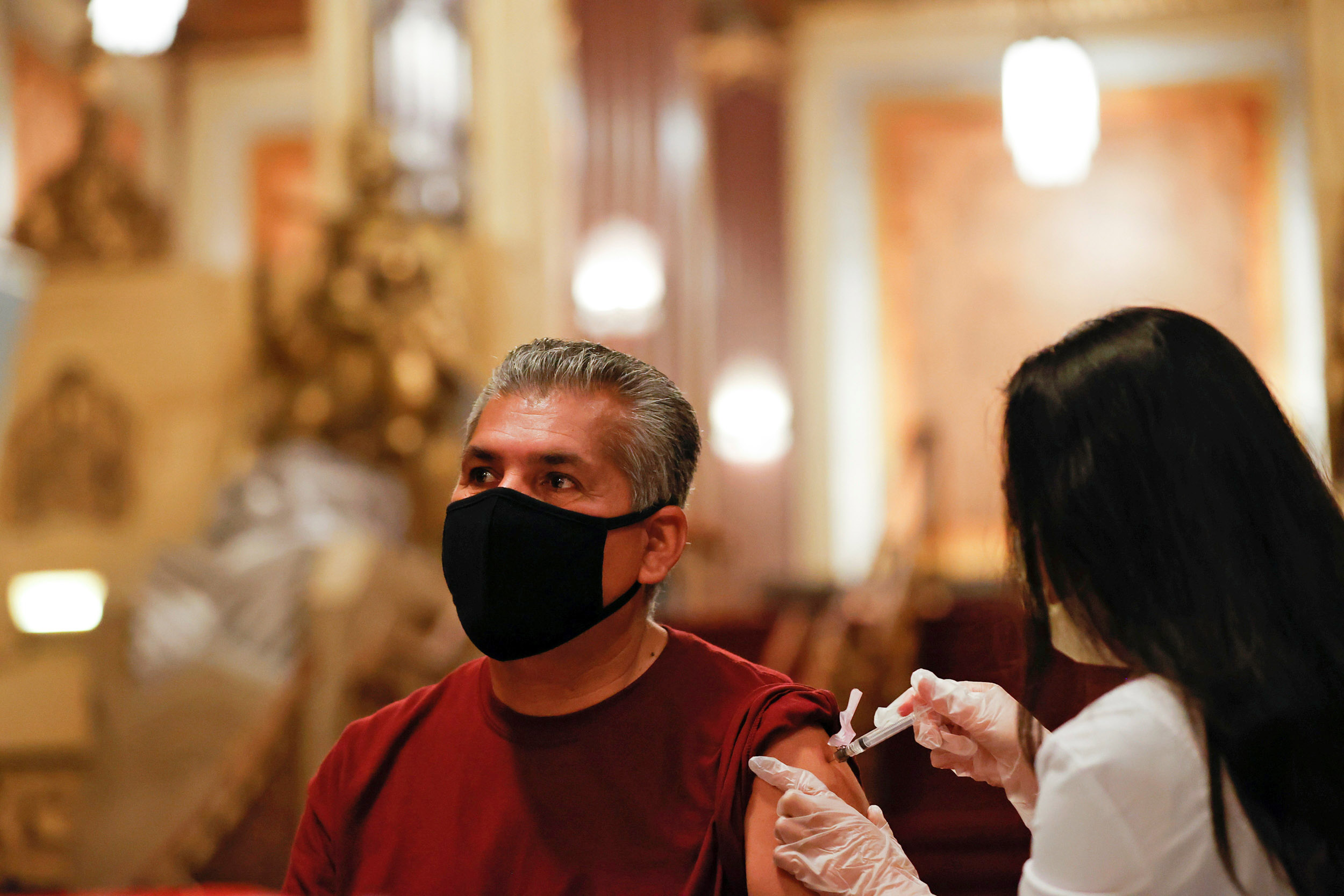 U.S. passes 35 million Covid cases as California tops 4 million