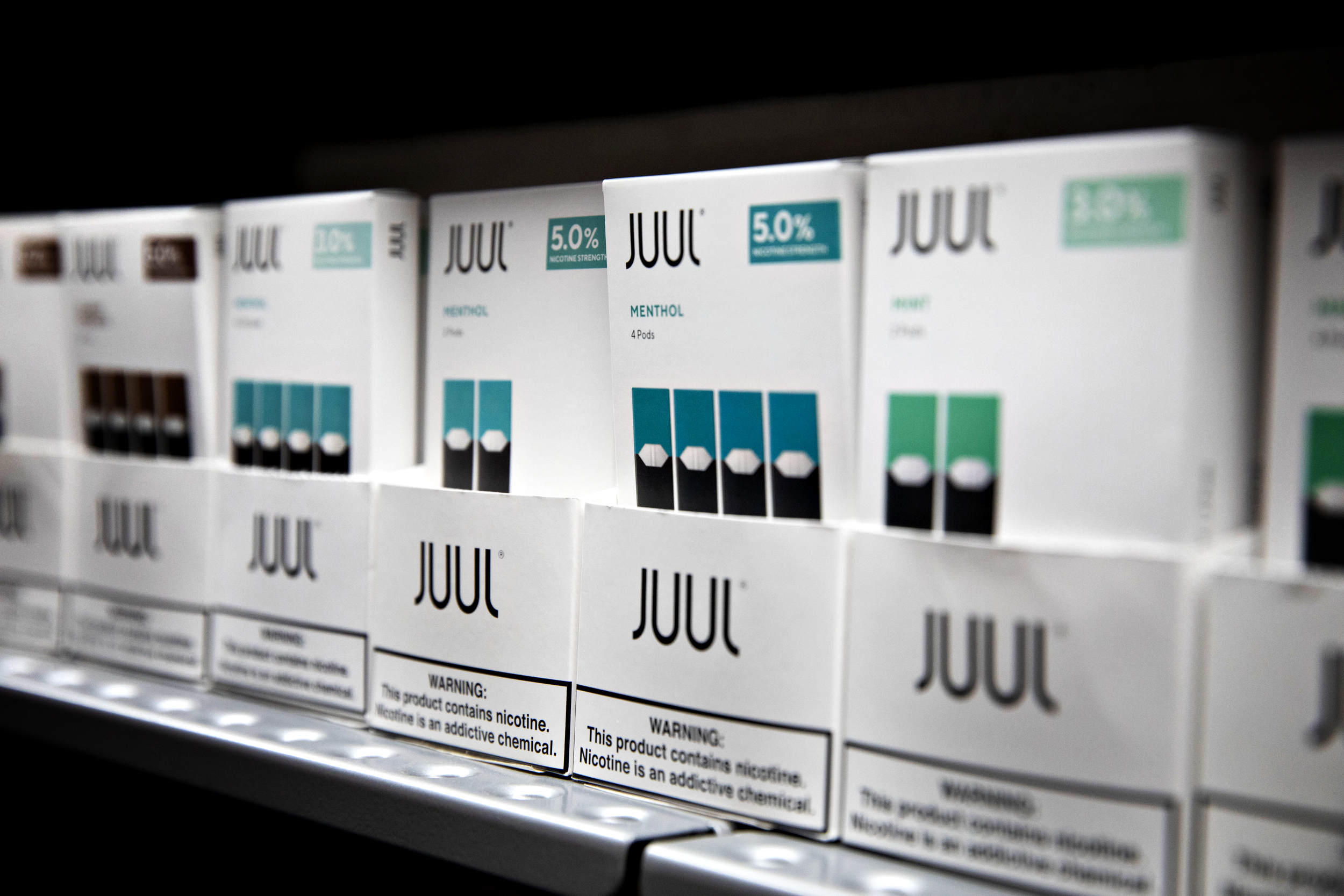 FDA delays decision on e-cigarettes from vaping giant Juul