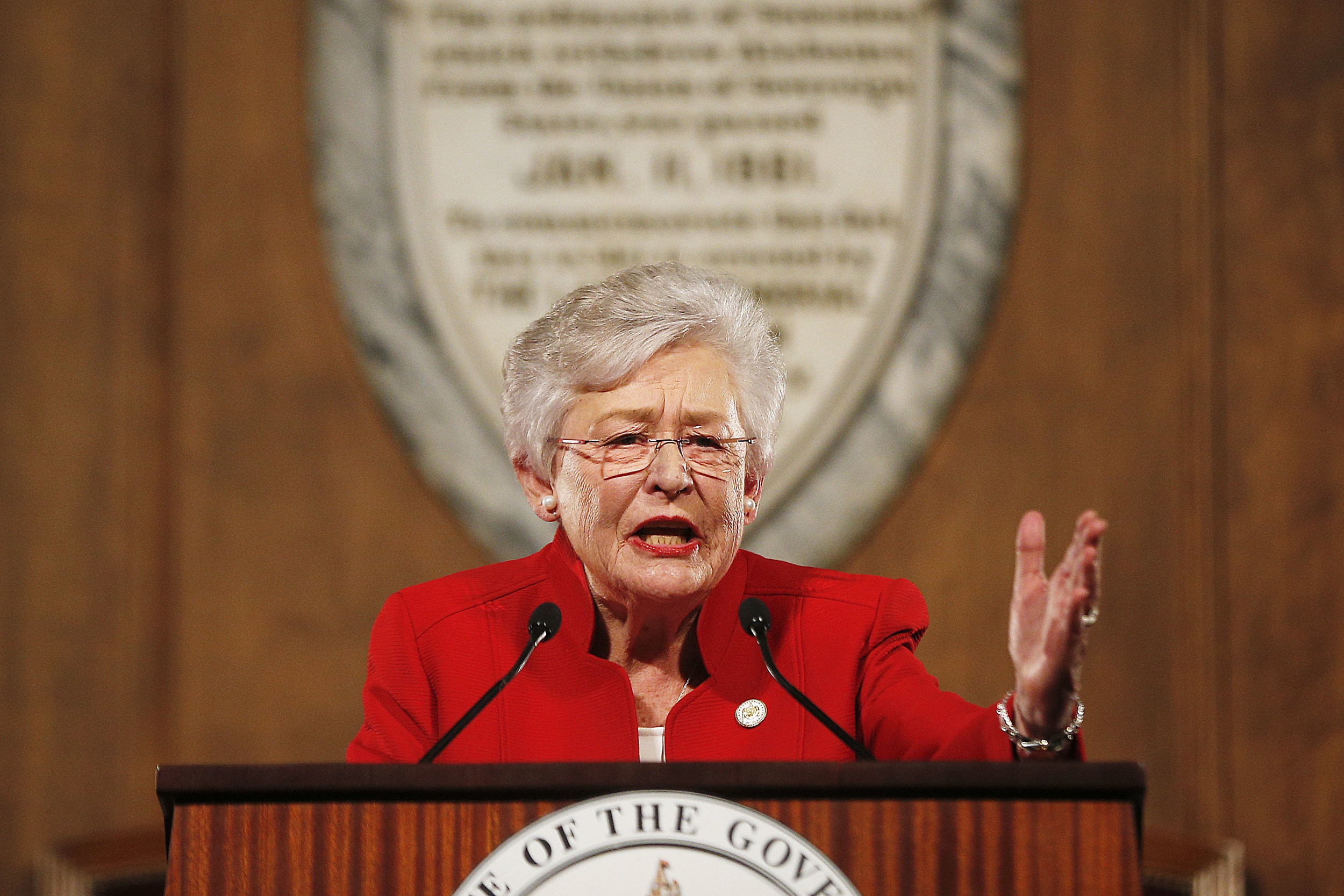 Alabama governor blames 'unvaccinated folks' for new Covid cases