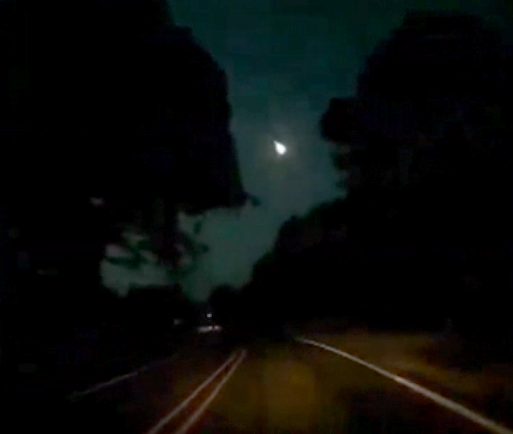 Video catches fiery meteor shooting across the night sky over Texas