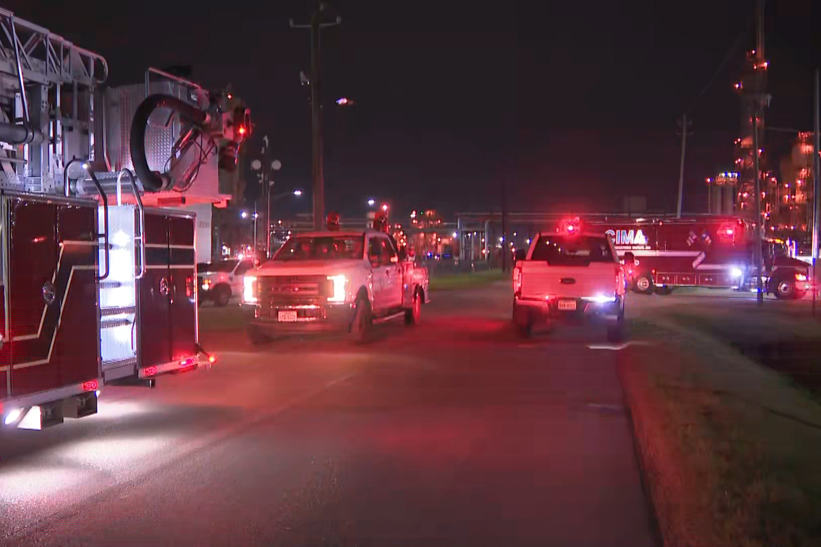 2 dead after leak at Texas chemical plant