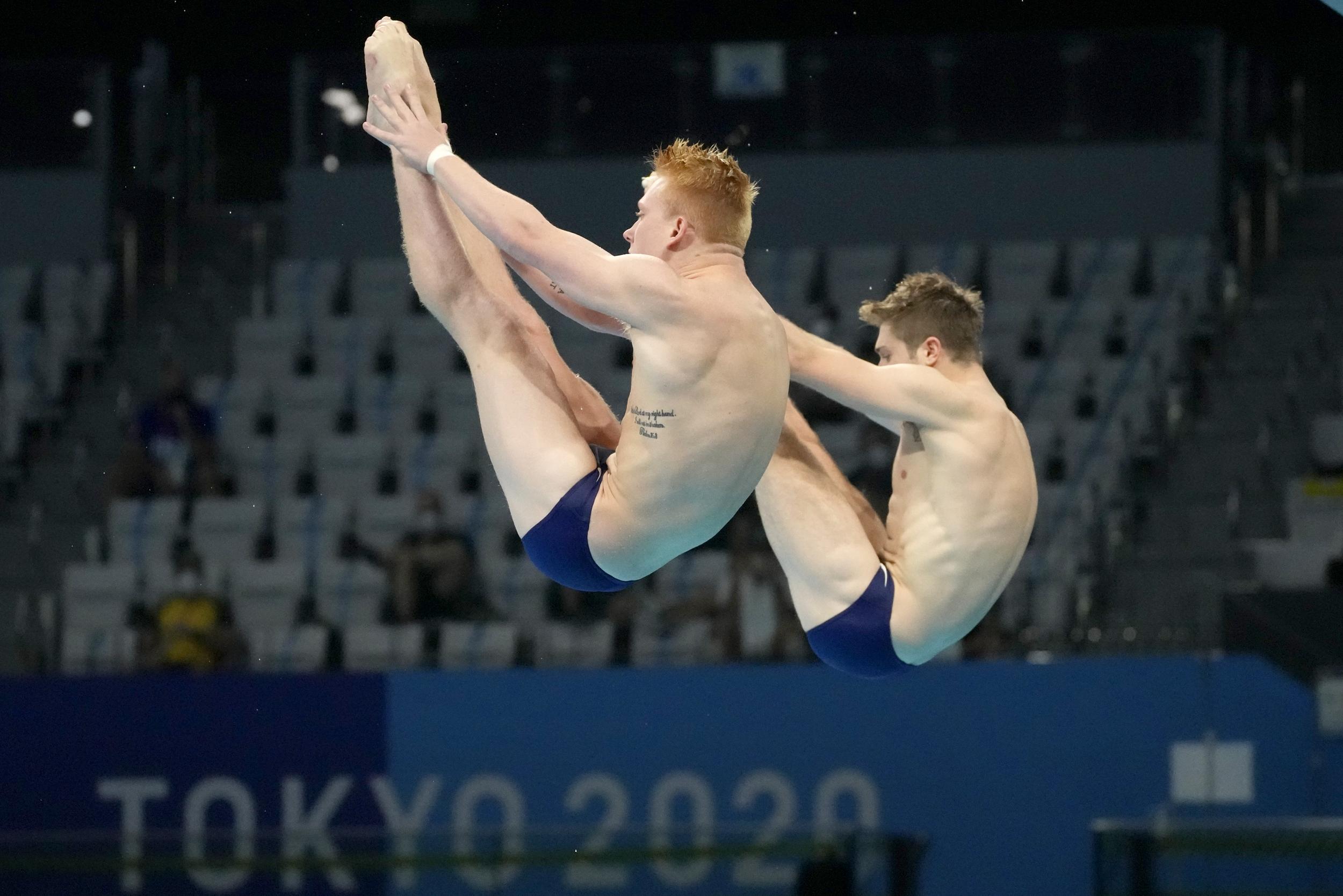 Capobianco, Hixon add to U.S. divers' synchro success
