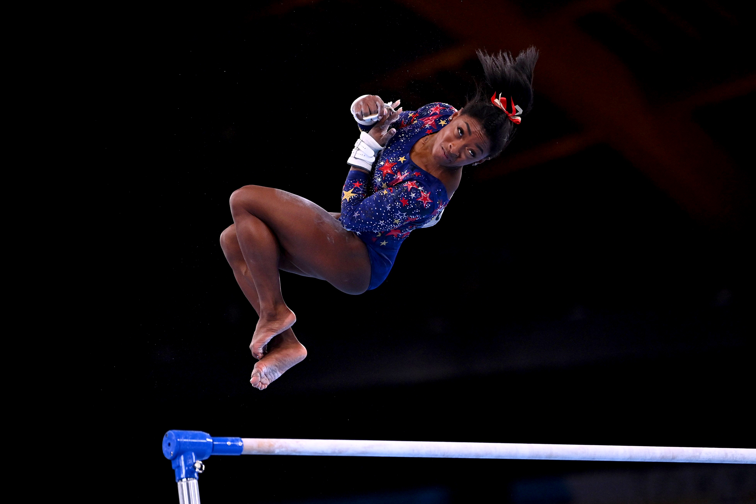 Simone Biles still struggling with 'twisties,' says she 'can not tell up from down'