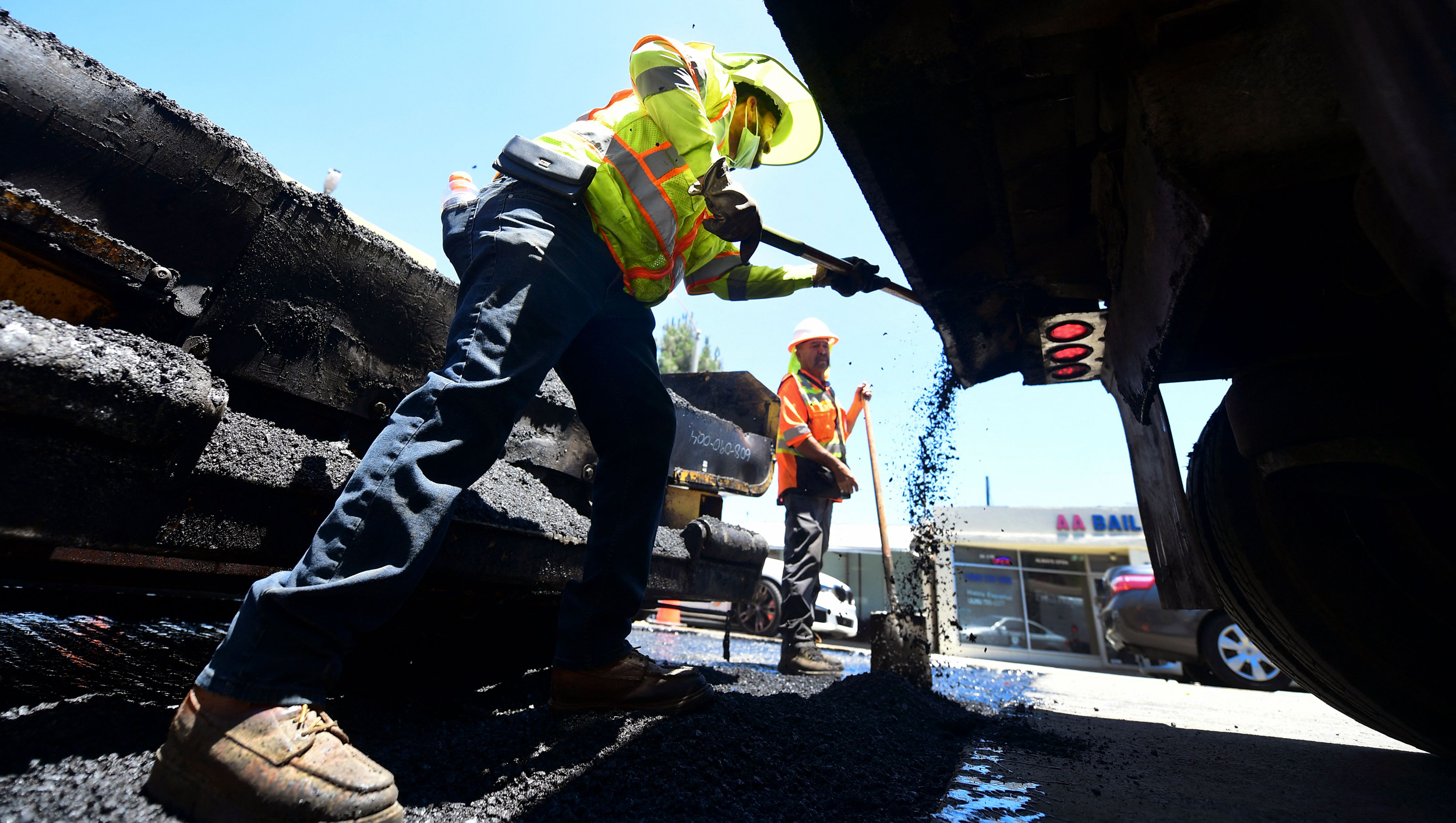 Infrastructure deal clears another Senate hurdle as House Democrats threaten rebellion