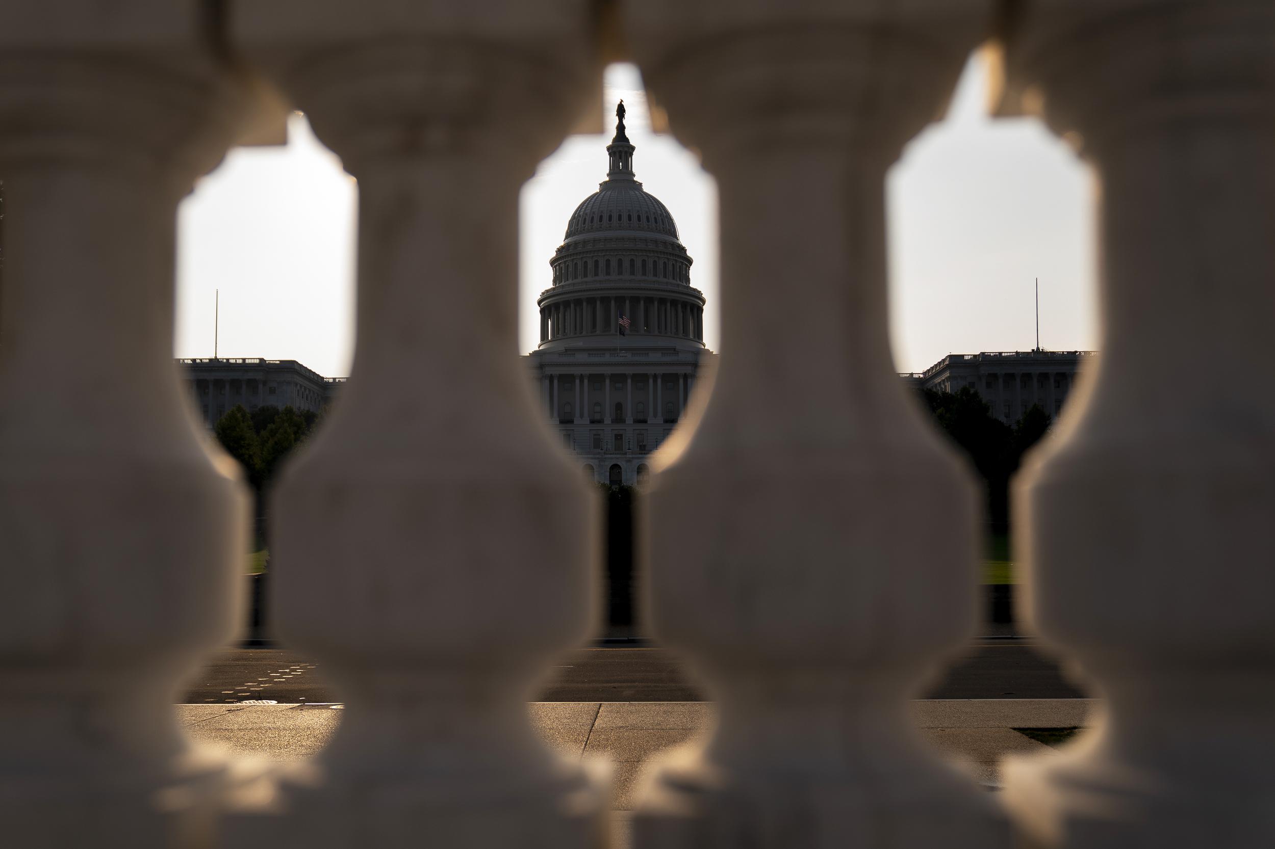 Senate unveils text of $555 billion bipartisan infrastructure package