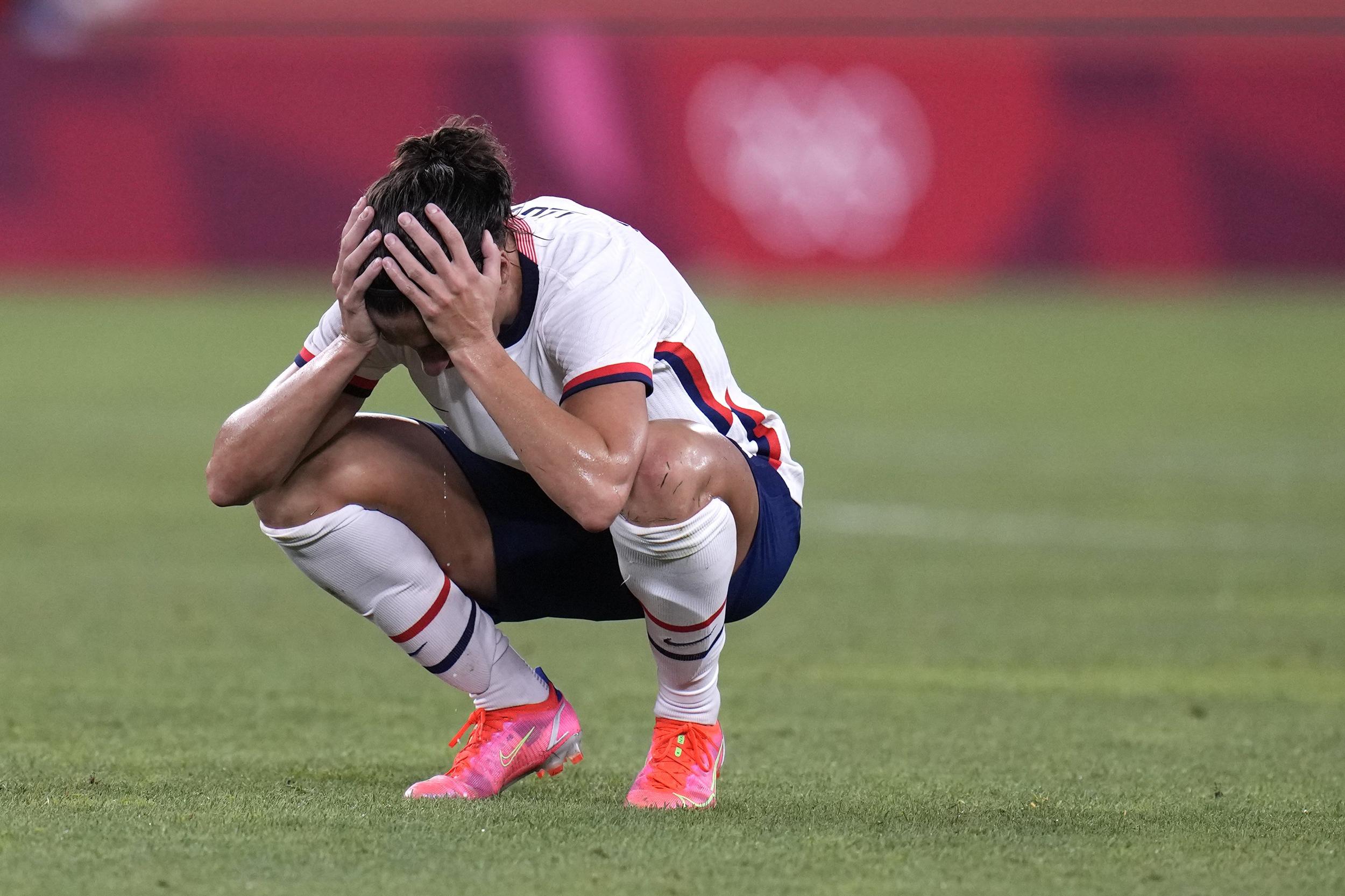Canada stuns U.S. women in semifinal, ending bid for soccer gold