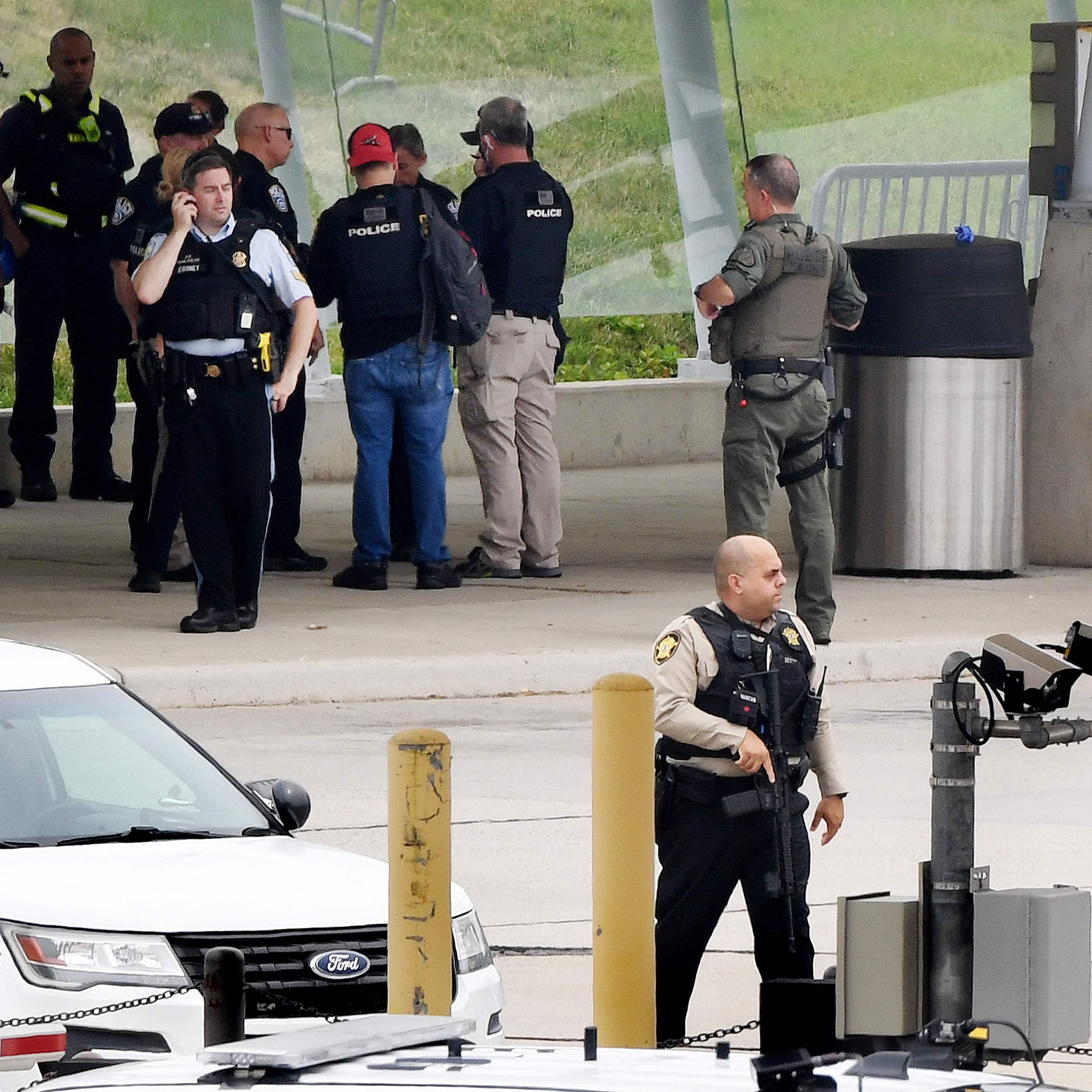 Officer attacked at transit station near Pentagon, leads to lockdown and multiple patients