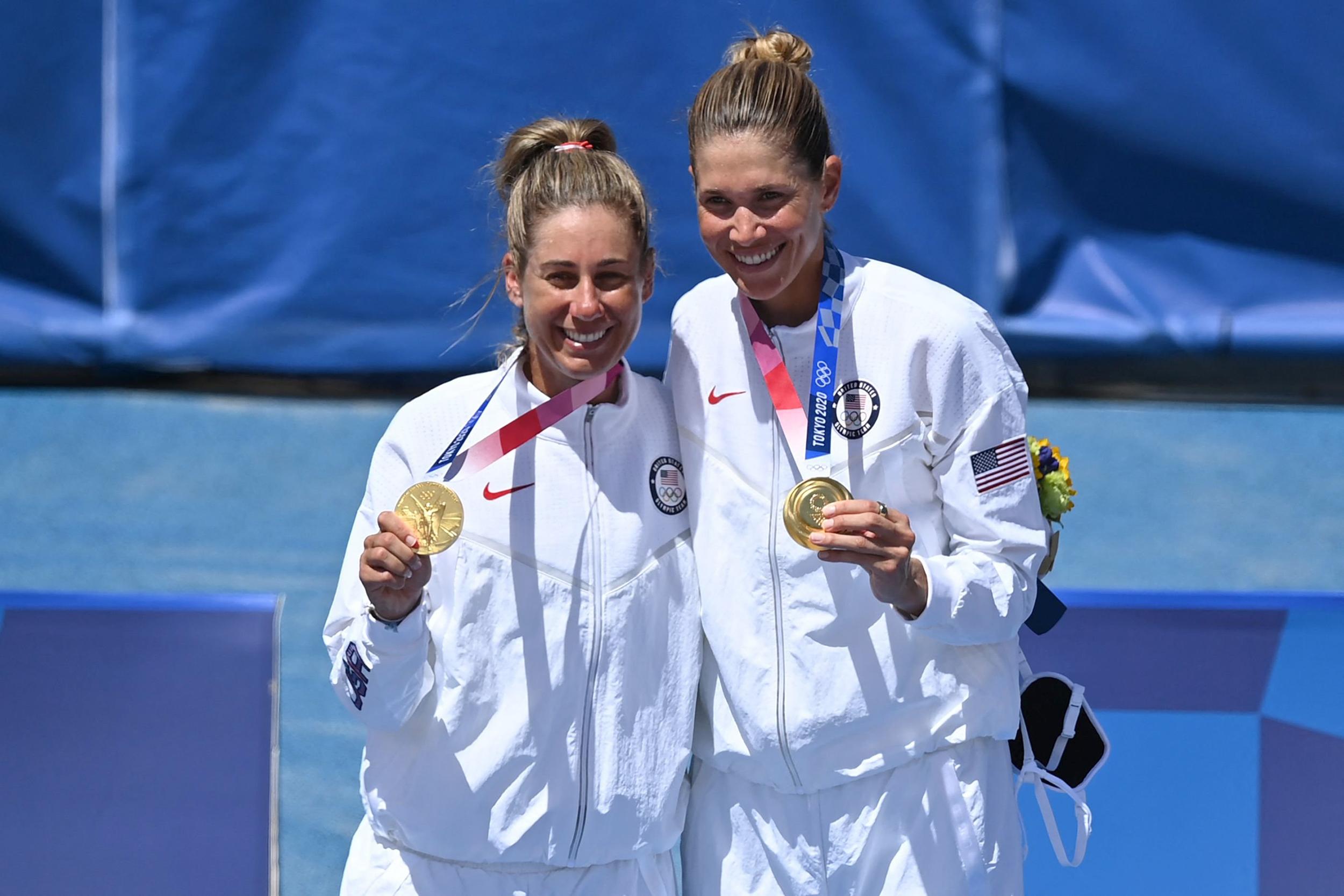 U.S. beach volleyball's Ross, Klineman capture Olympic gold in Tokyo