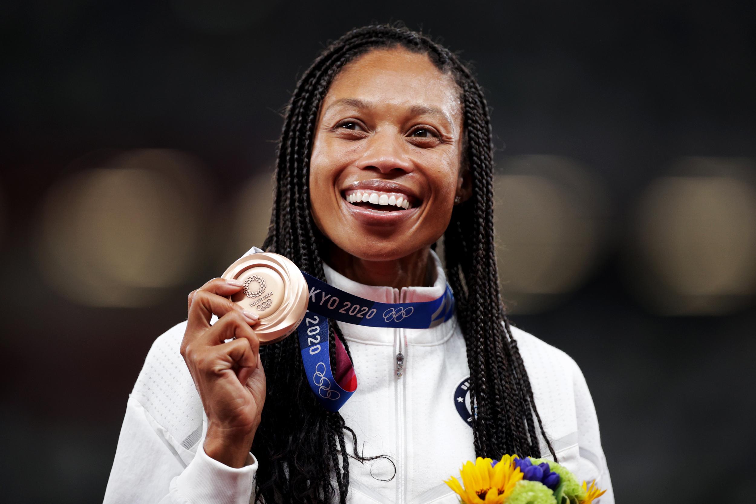 Allyson Felix captures historic 10th medal in Tokyo