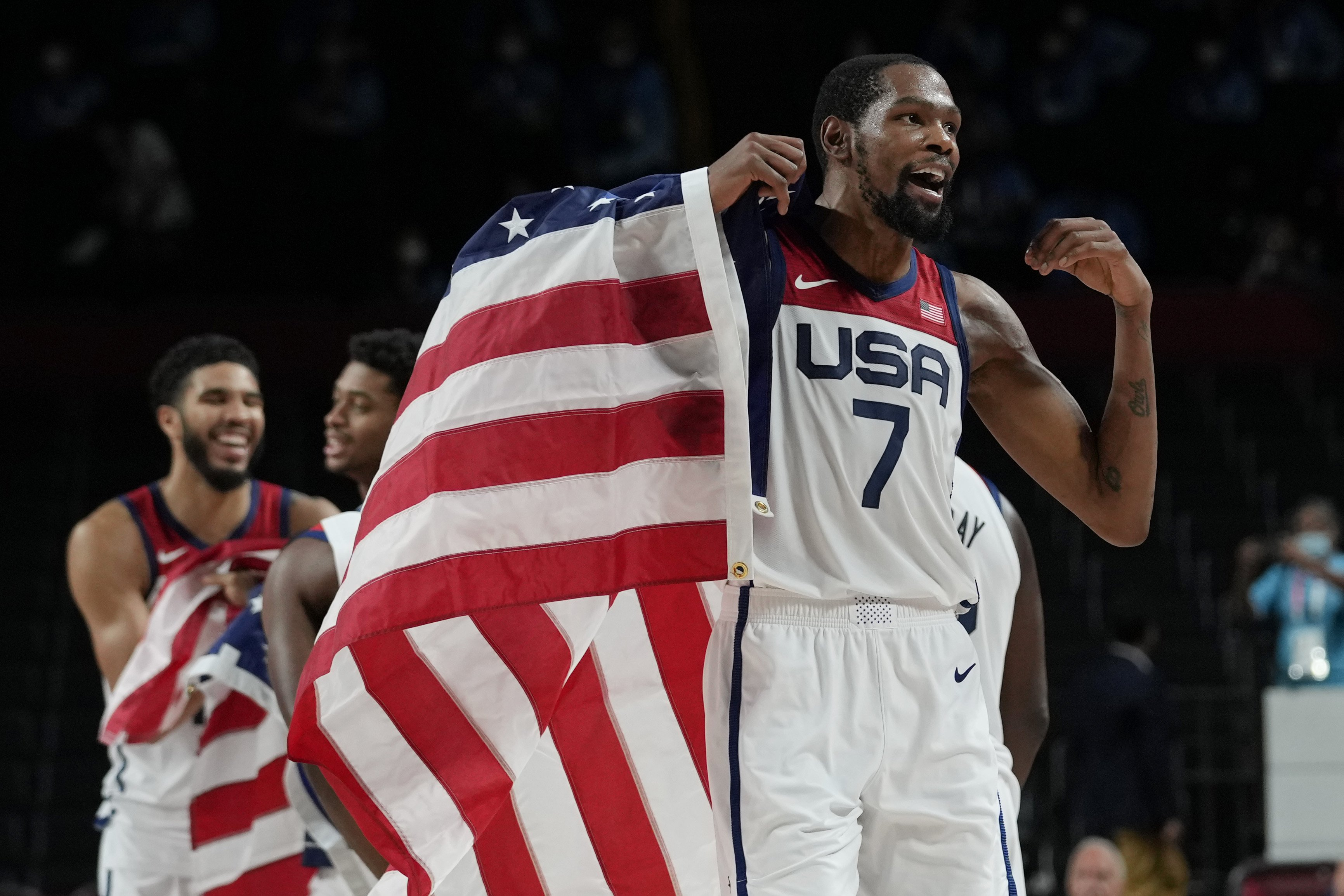 U.S. beats France, captures gold in men's basketball once again