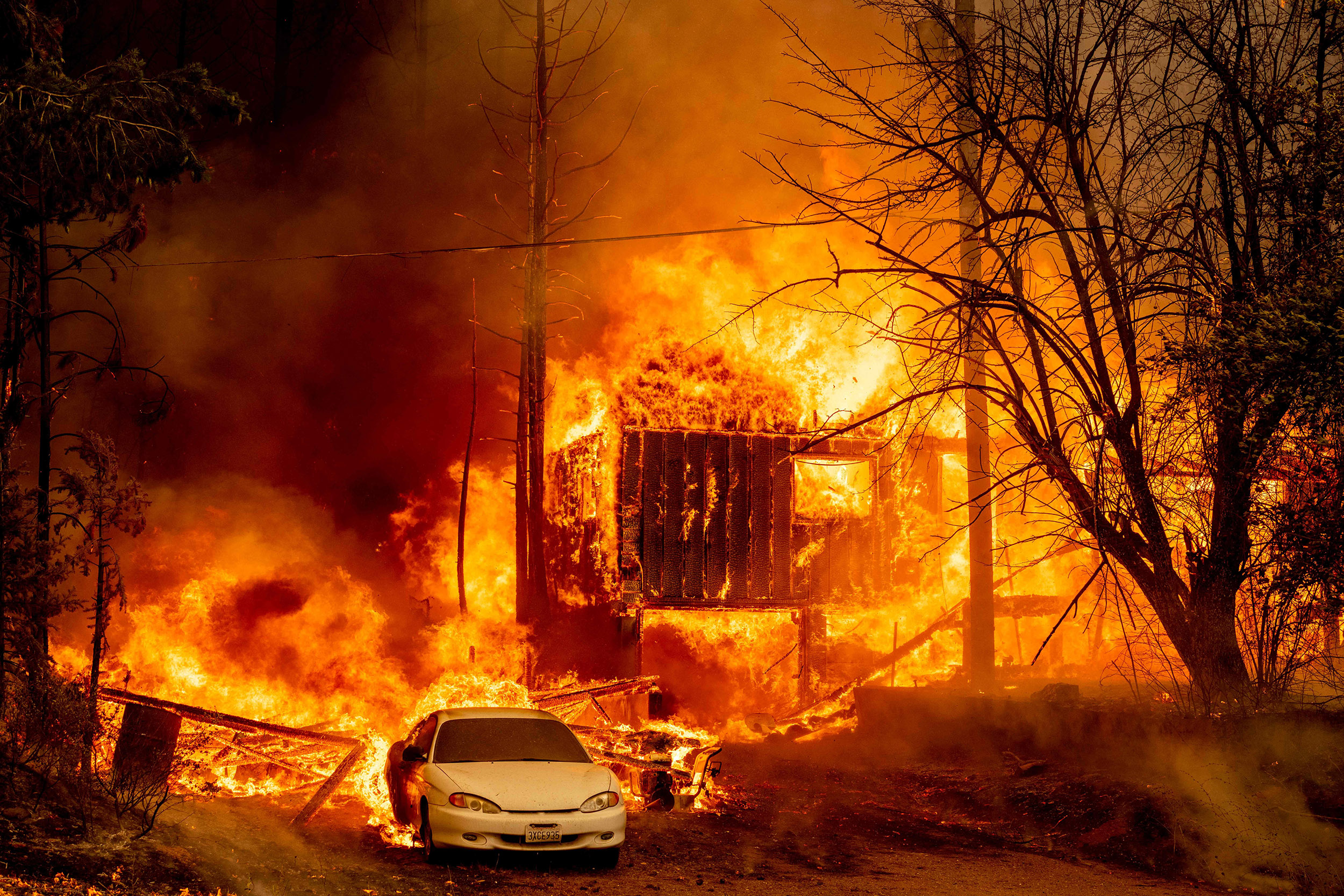 Numbness sets in for victims of Dixie Fire with homes lost and no way forward