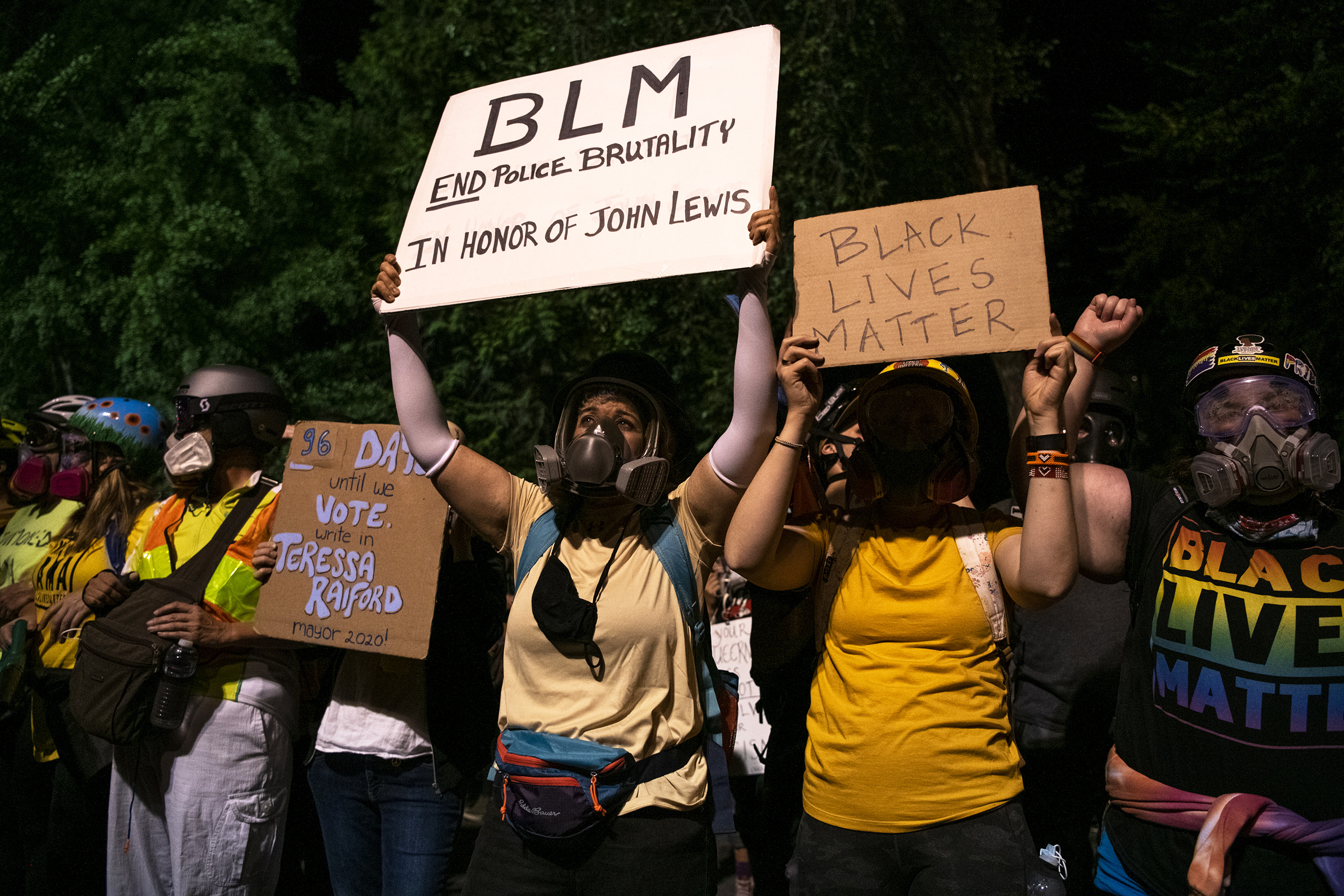 Oregon school board votes to ban Black Lives Matter, Pride signs from district buildings