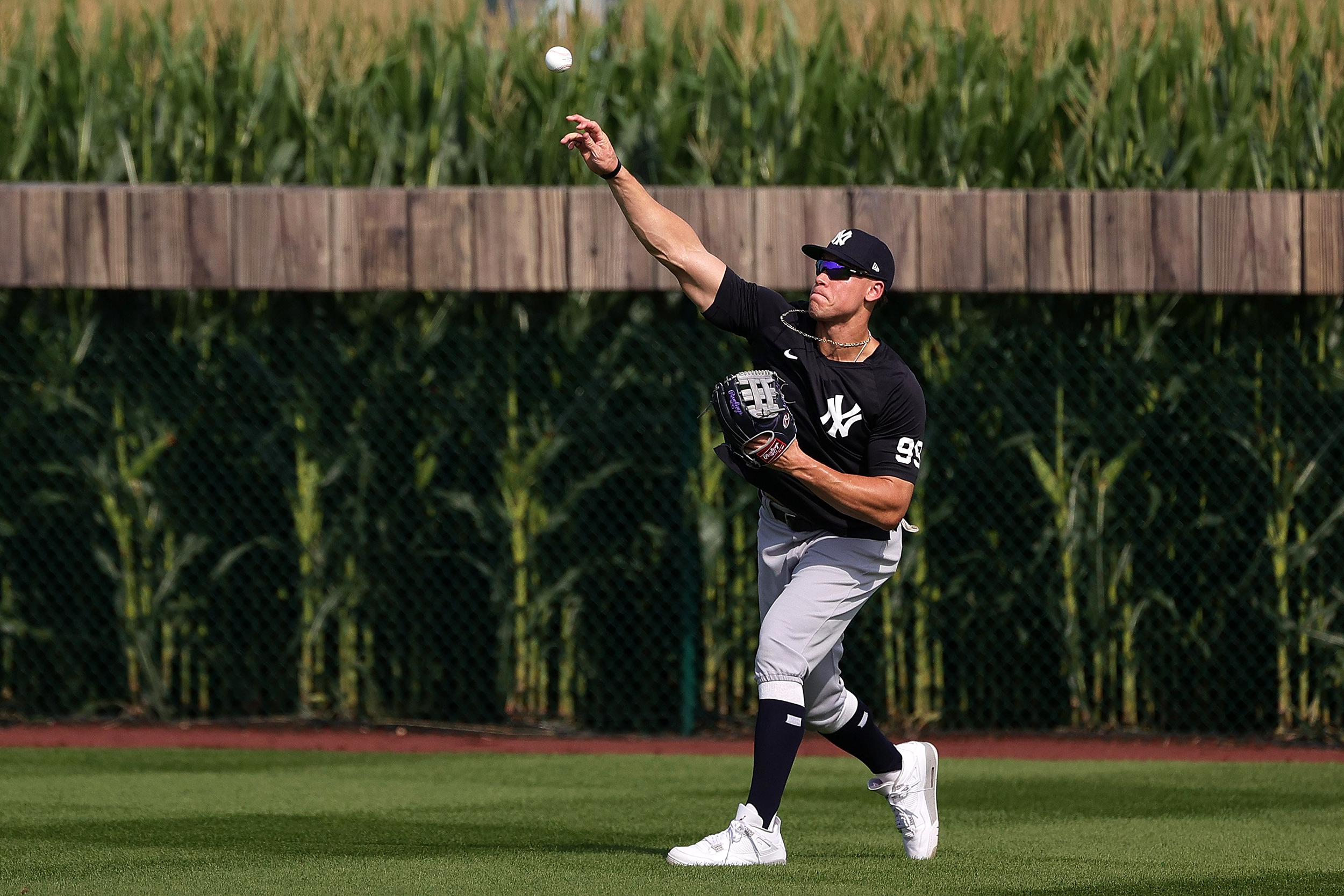 'Field of Dreams' comes alive in Iowa: They built it, and MLB came