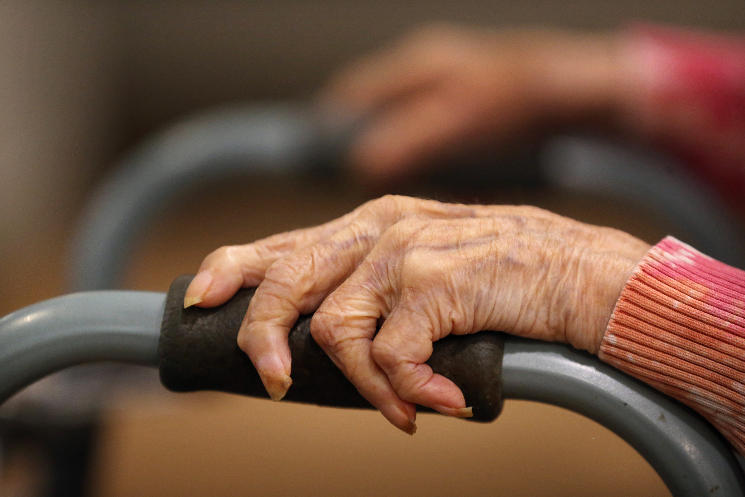 Democrats bank on voters' approval of increased aid for the elderly