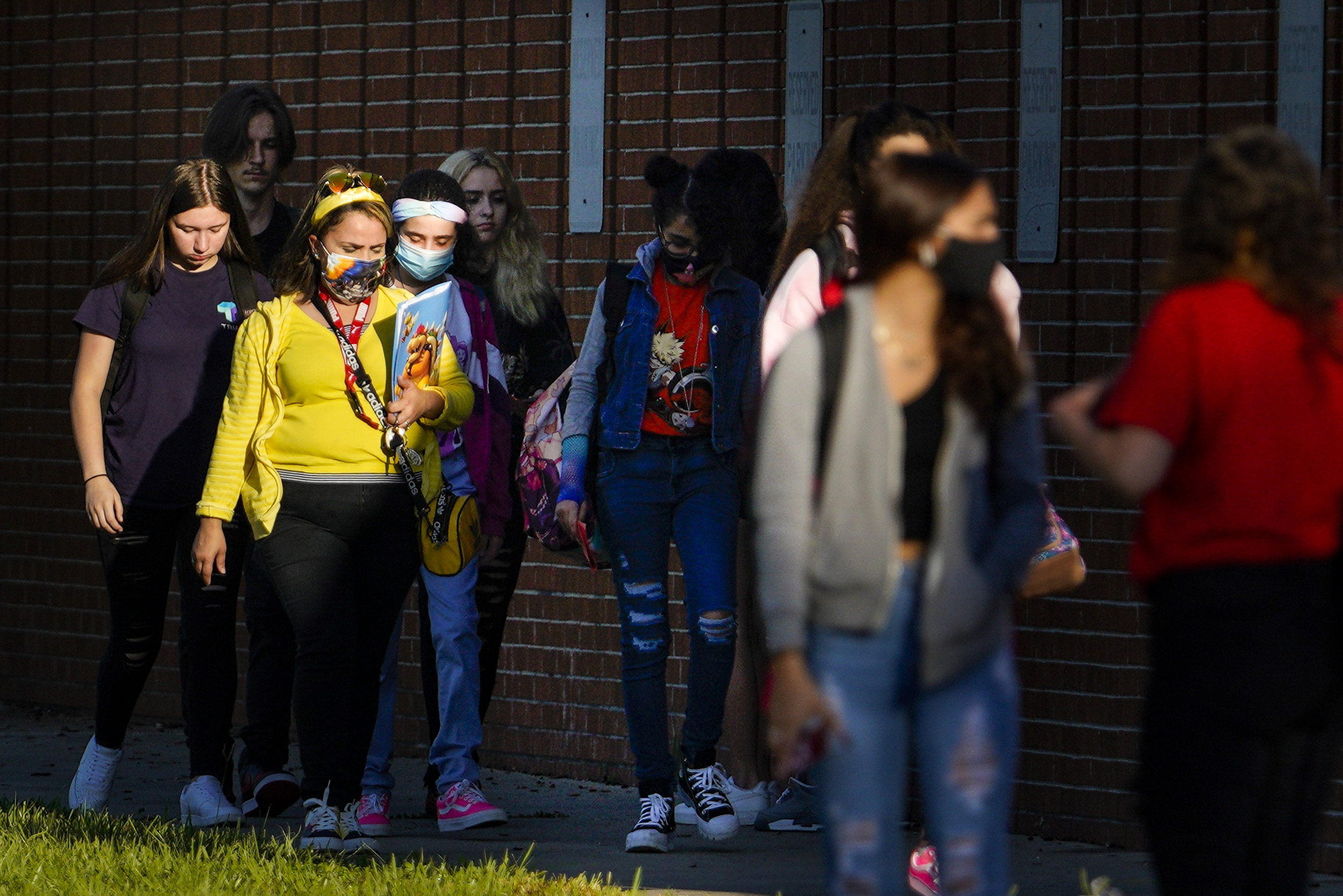 Over 5,000 students quarantine or isolate because of Covid in Florida school district