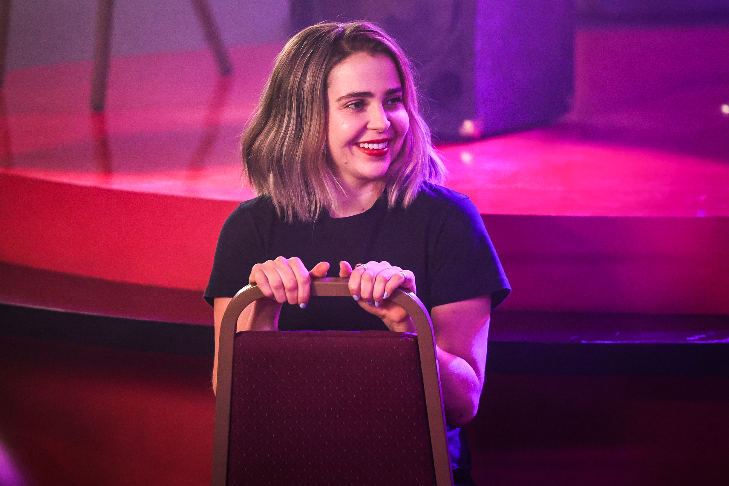 Mae Whitman reveals she's pansexual