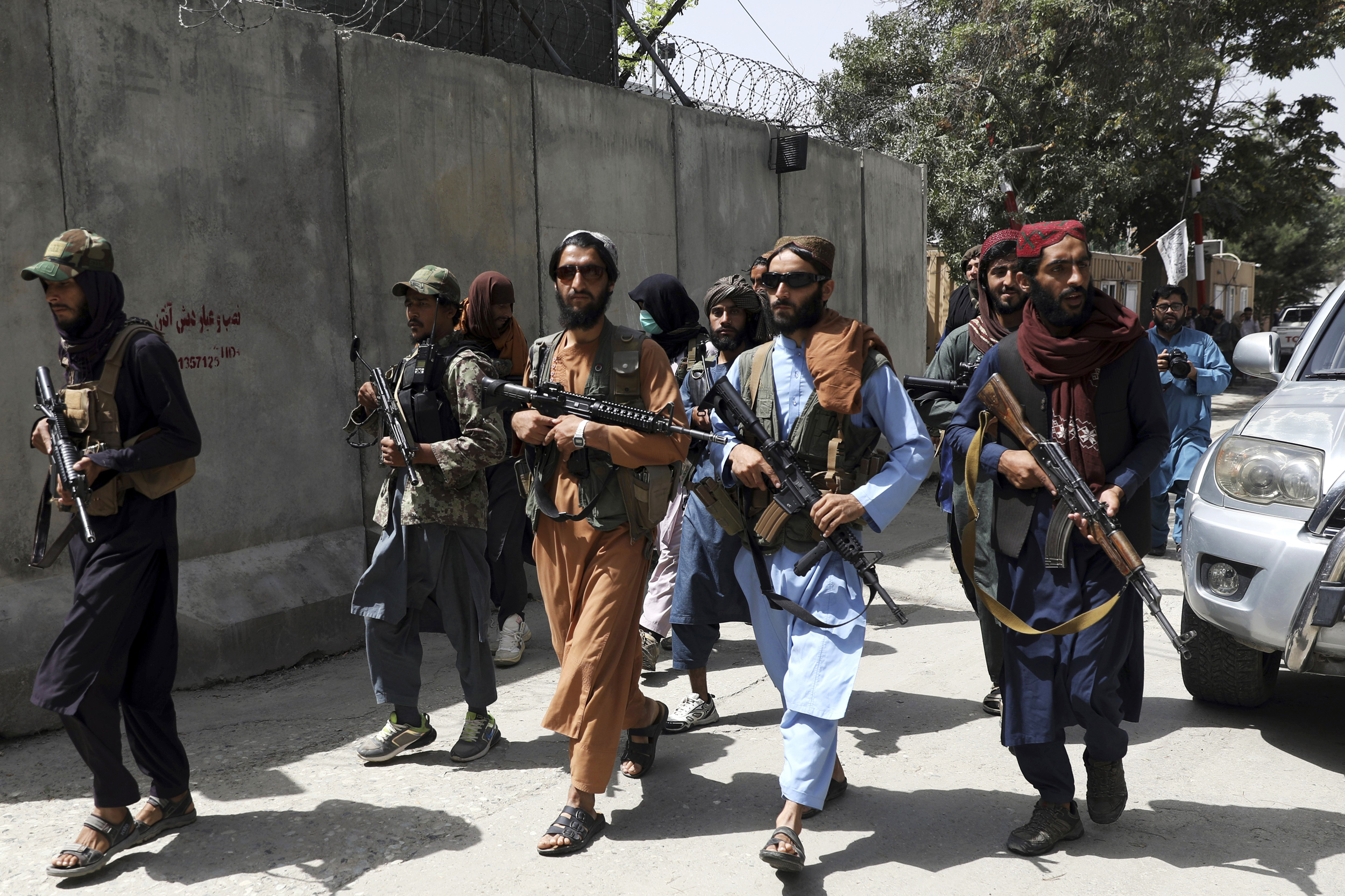 Former U.S. Army interpreter describes 'dangerous' Kabul conditions as he waits for escape