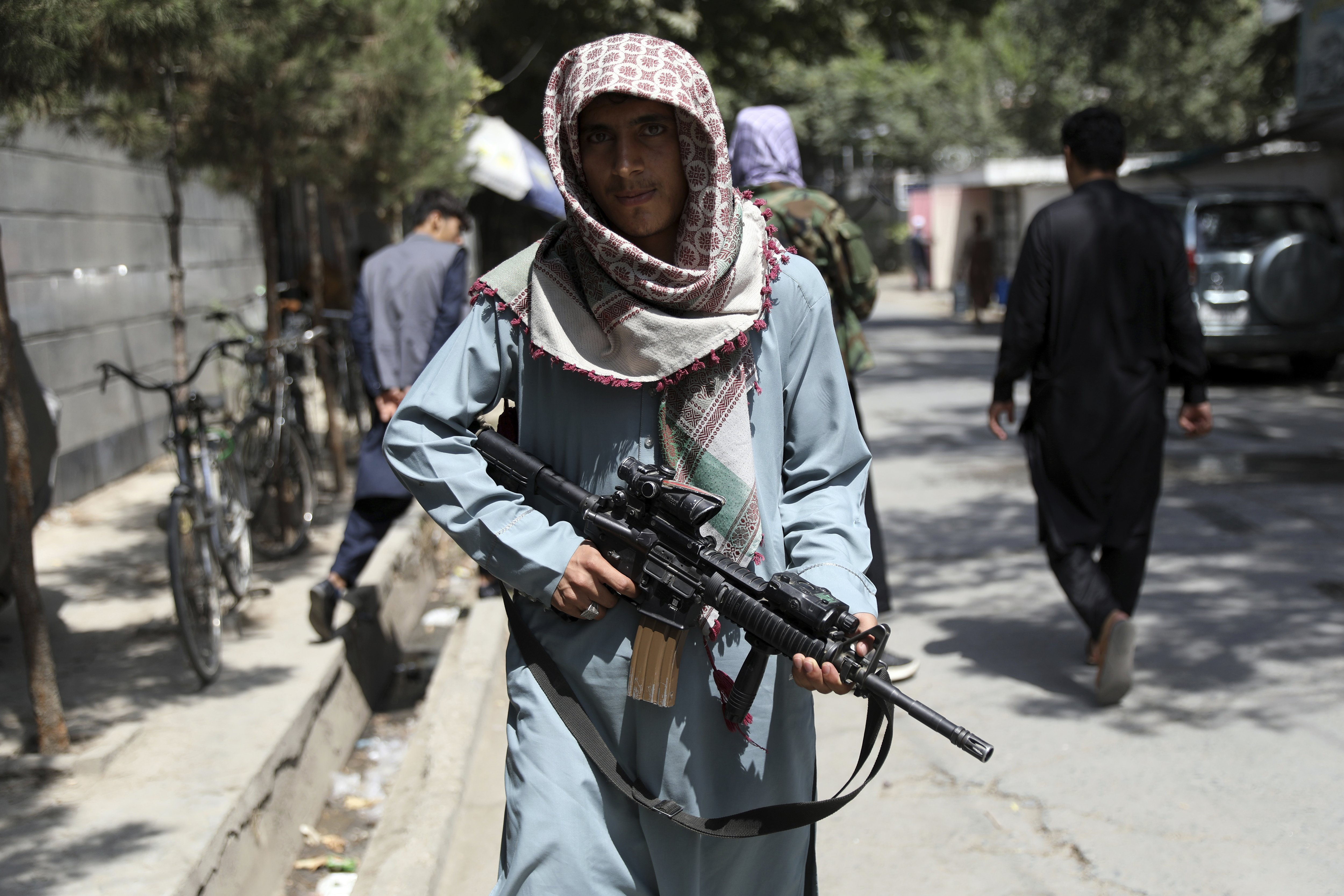 Afghan staff at U.S. Embassy losing faith evacuation efforts, diplomatic cable says