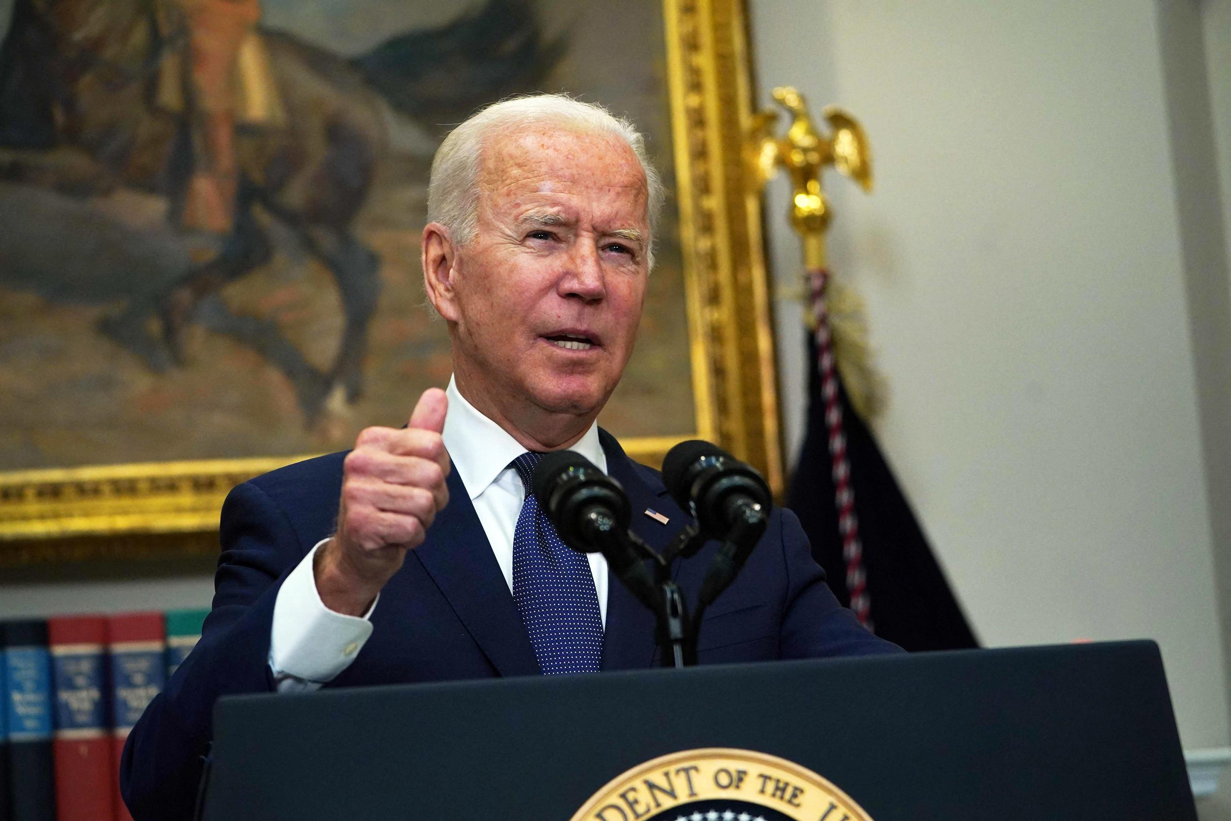 Biden says U.S. may extend Afghanistan withdrawal deadline as evacuations continue