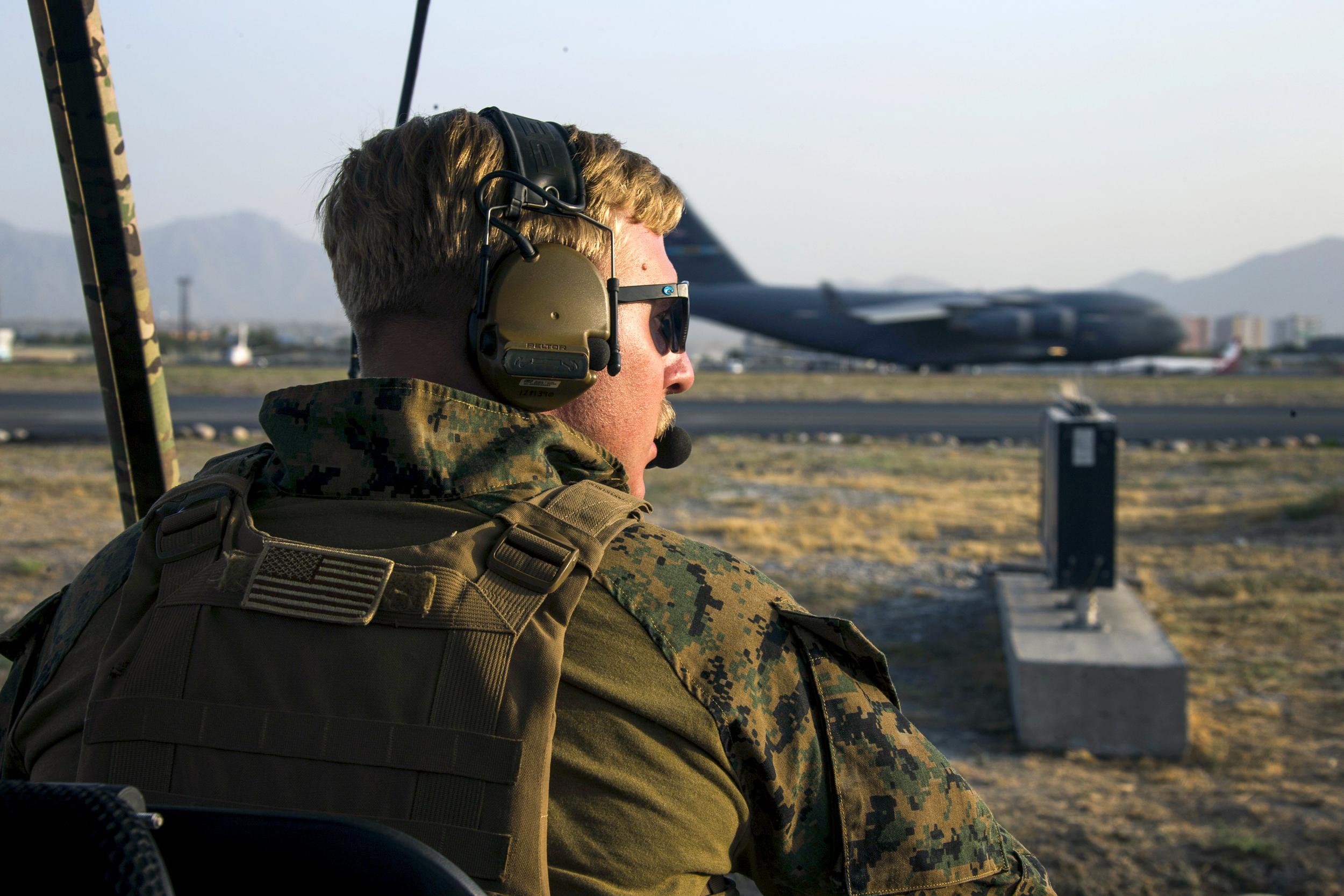 U.S. veterans revive long-dormant escape networks to save Afghan interpreters
