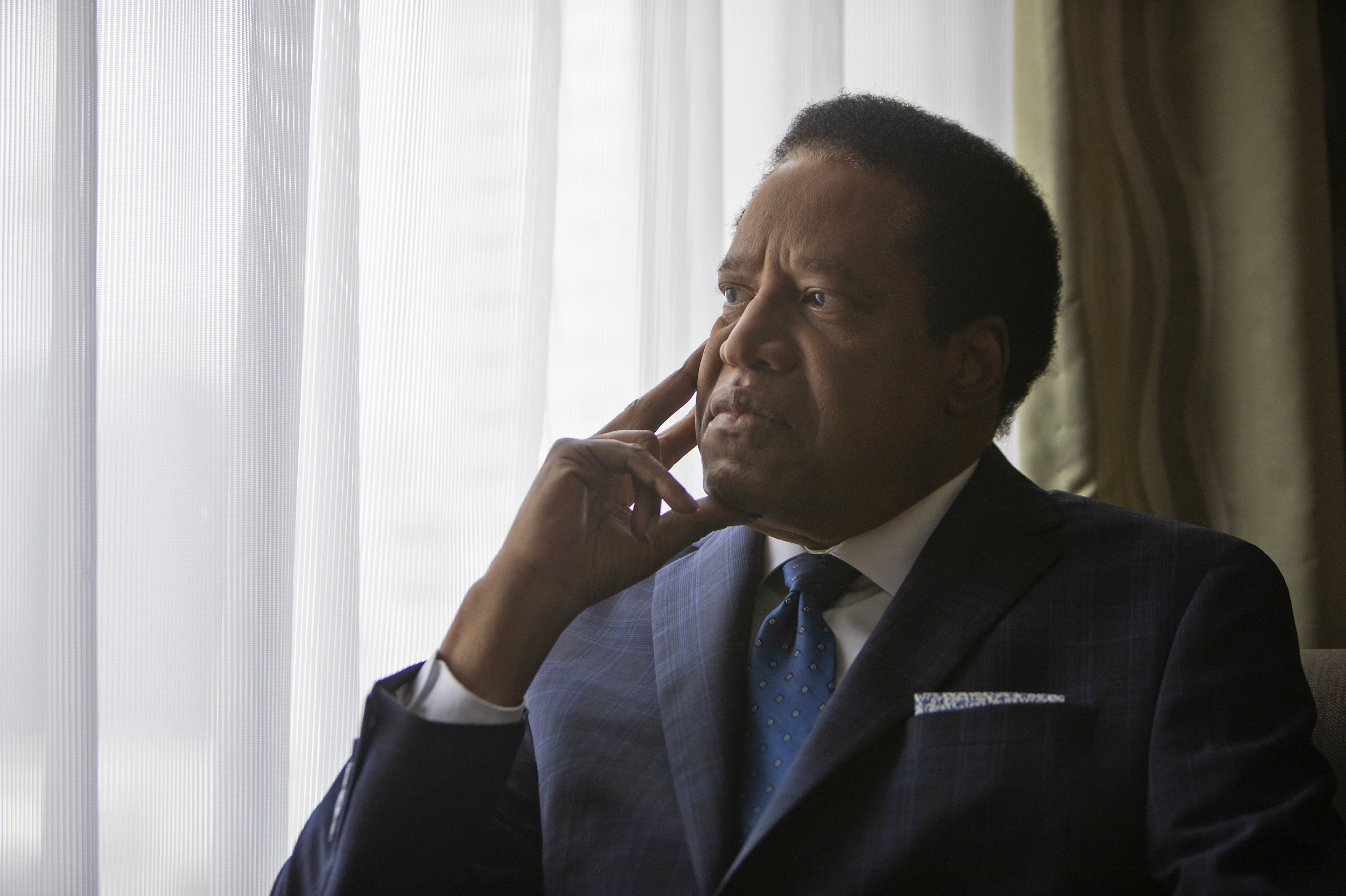 Right-wing provocateur Larry Elder could be liberal California's next governor