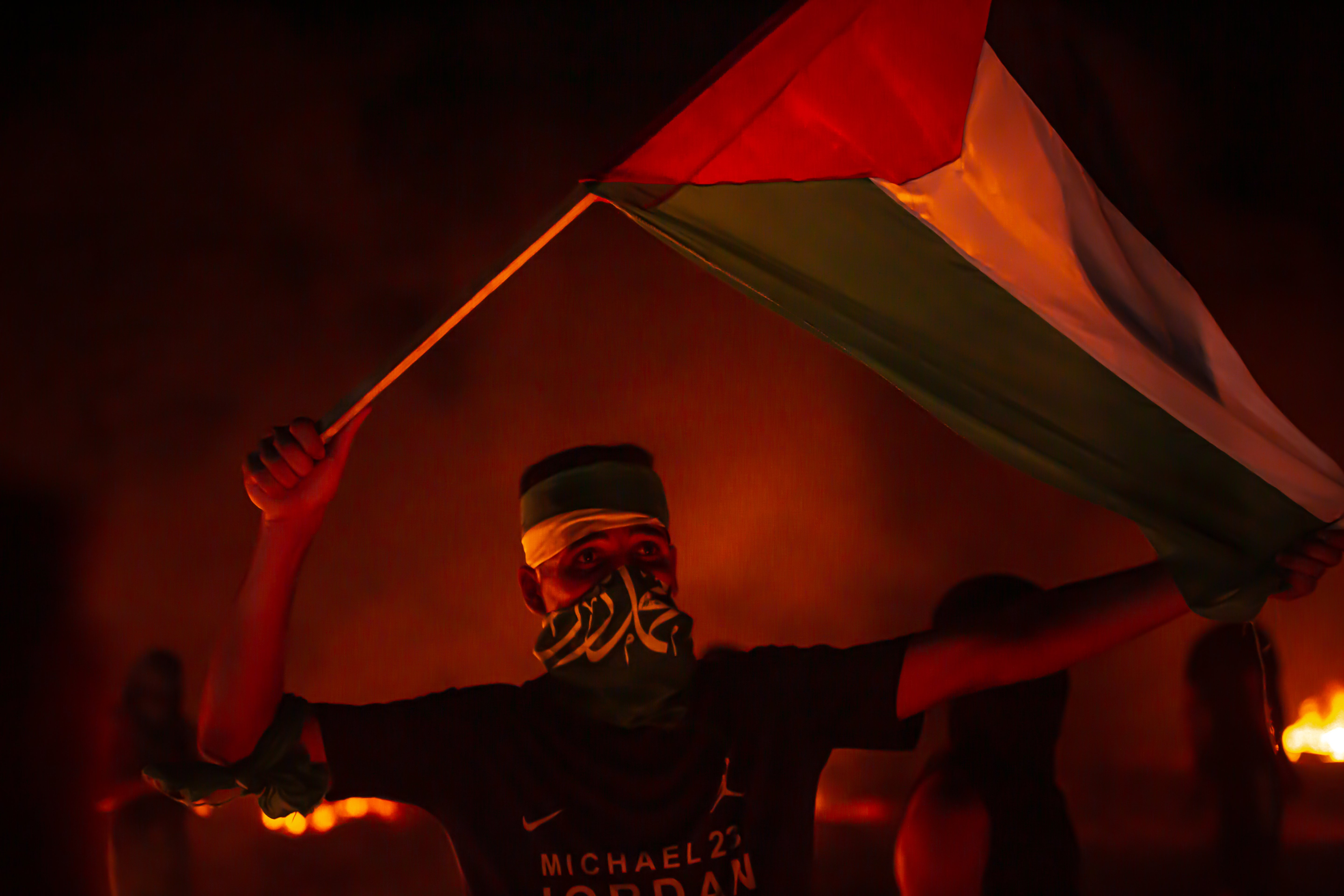 Israel strikes Hamas targets in Gaza strip after border clashes