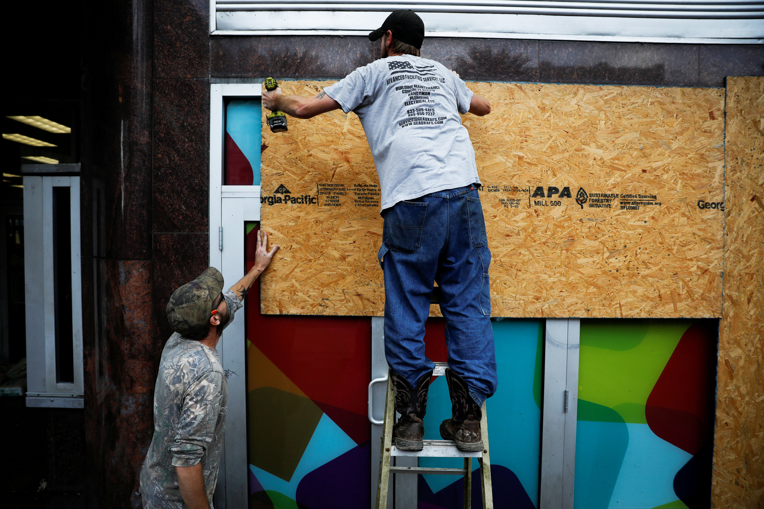 Six hours changed Hurricane Ida's speed and power — and New Orleans' preparation