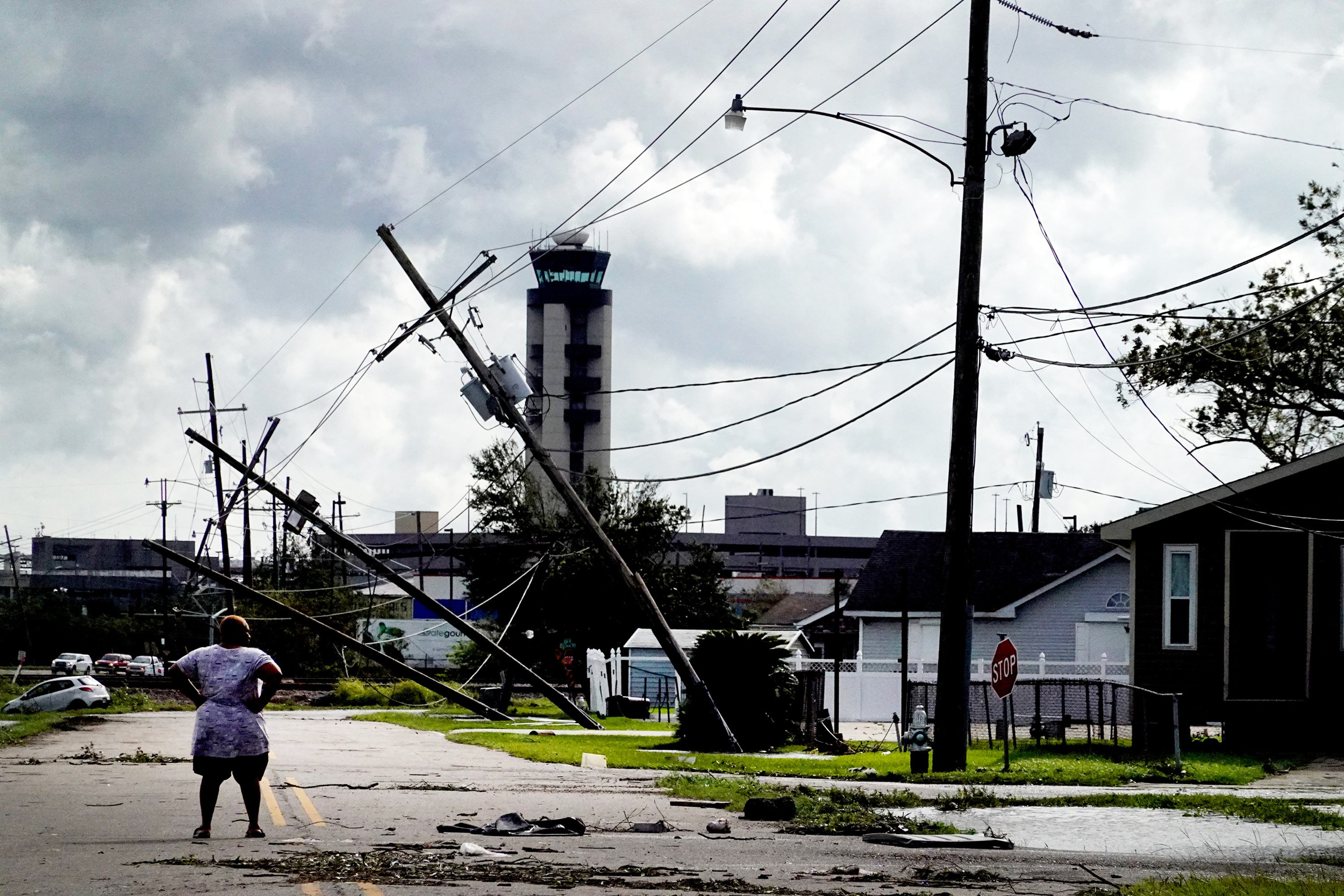 'Power outages for weeks'? New Orleans may be without power for a long stretch