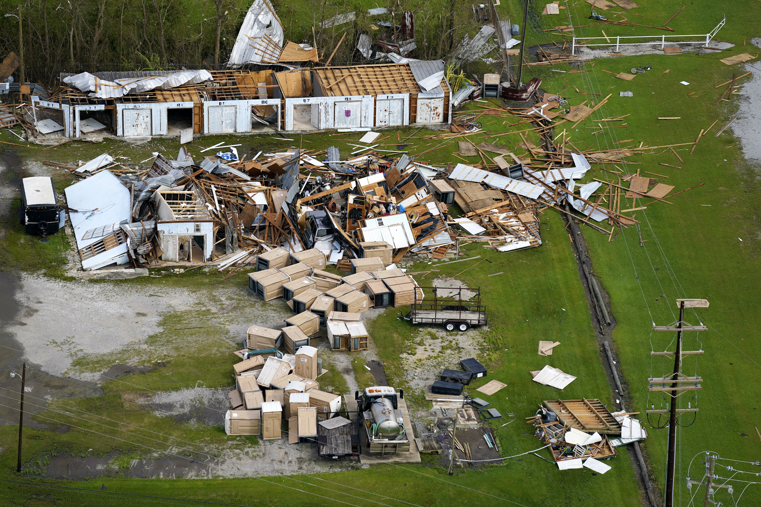 In two Louisiana towns hard-hit by Ida, residents recall frenzied exits, a night of terror