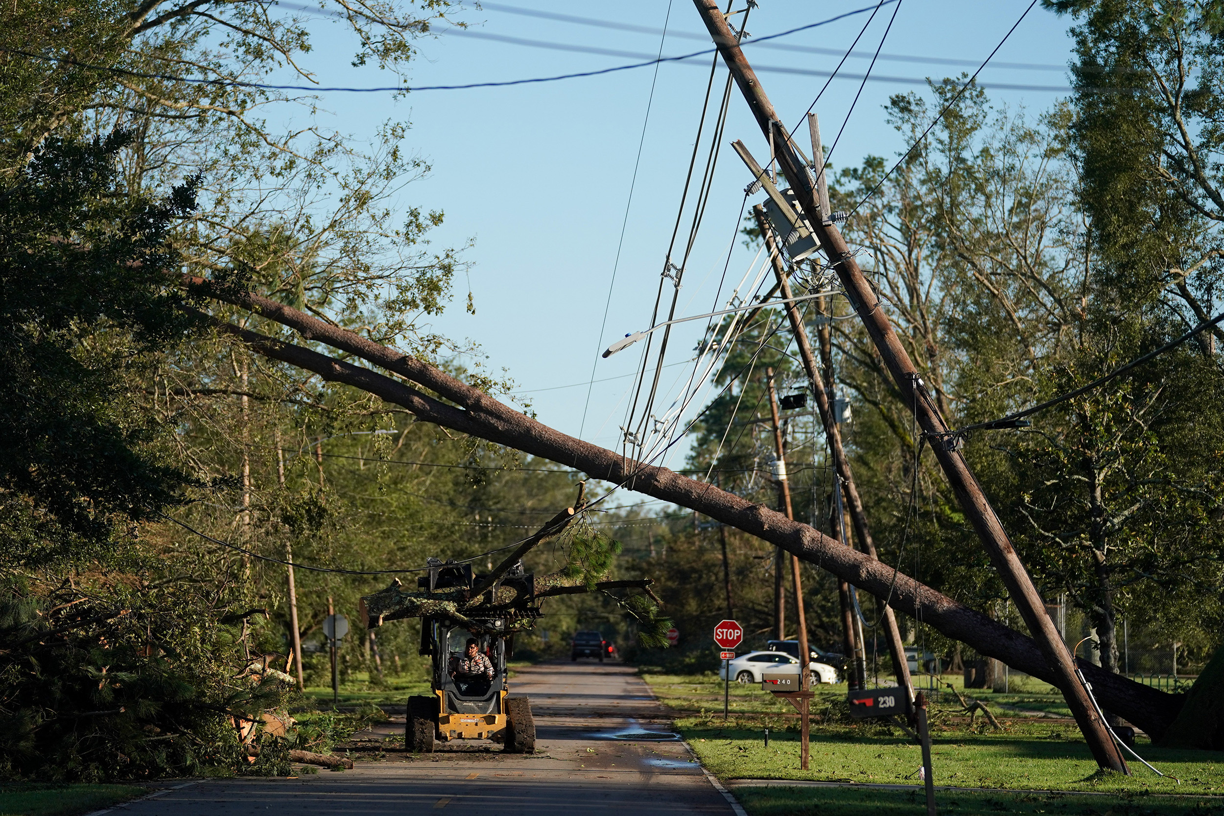 Some power may be restored to New Orleans on Wednesday, mayor says