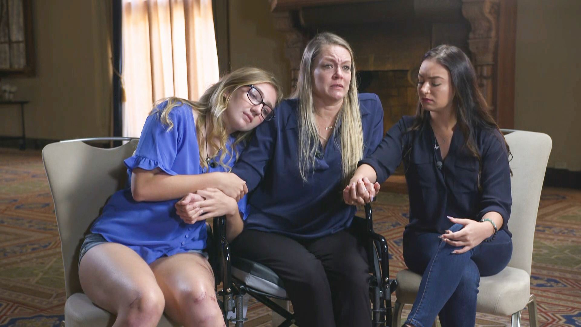 Survivor of Surfside condo collapse remembers when 'the floor just started to cave'