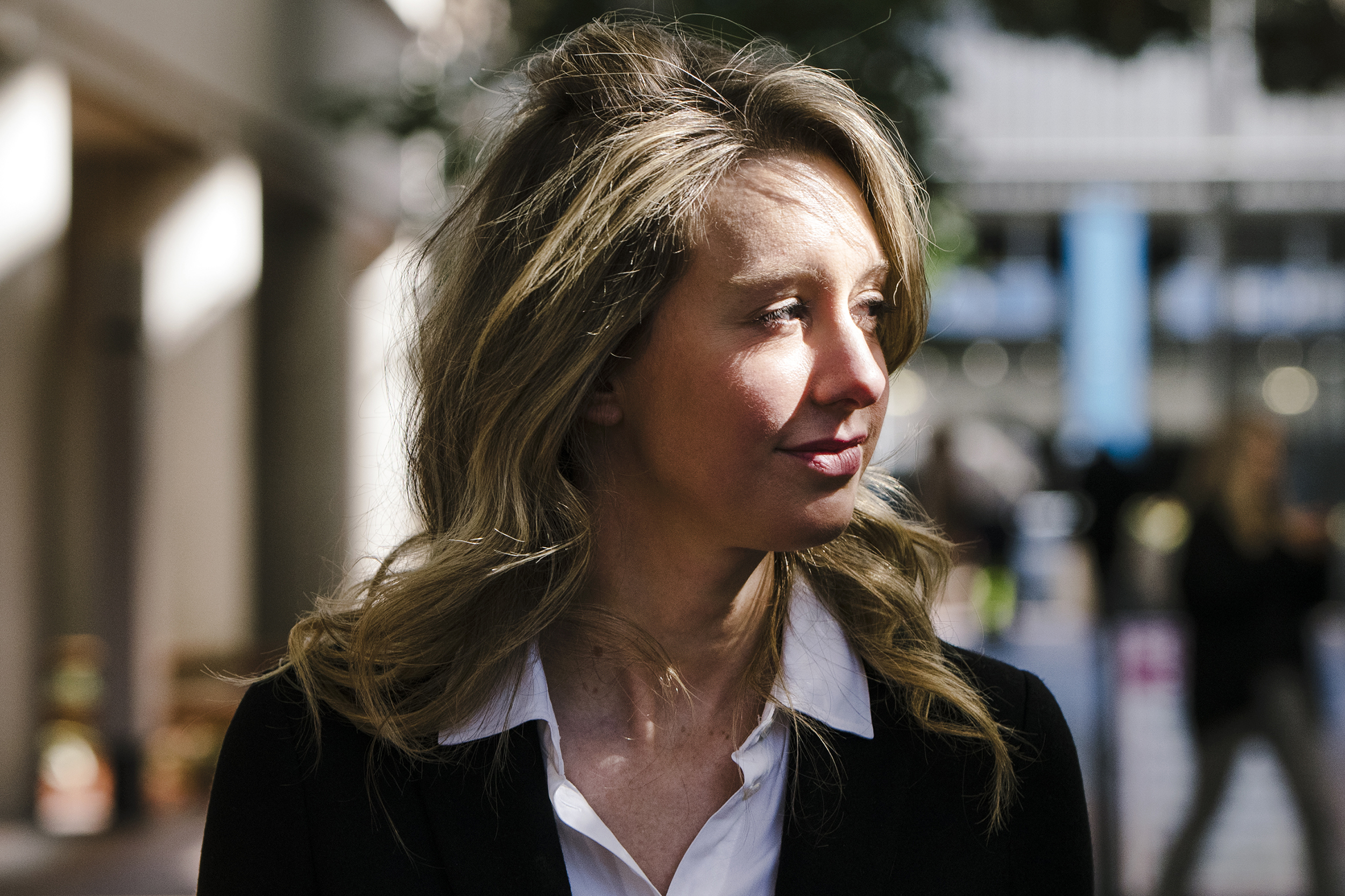 Theranos' blockbuster trial starts Wednesday. Whose story will the jury believe?