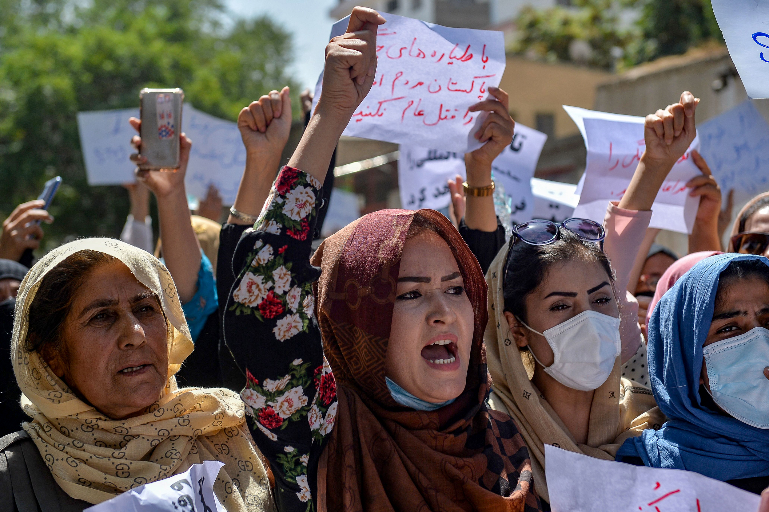 Women join protests on Afghan streets in defiance of Taliban rule