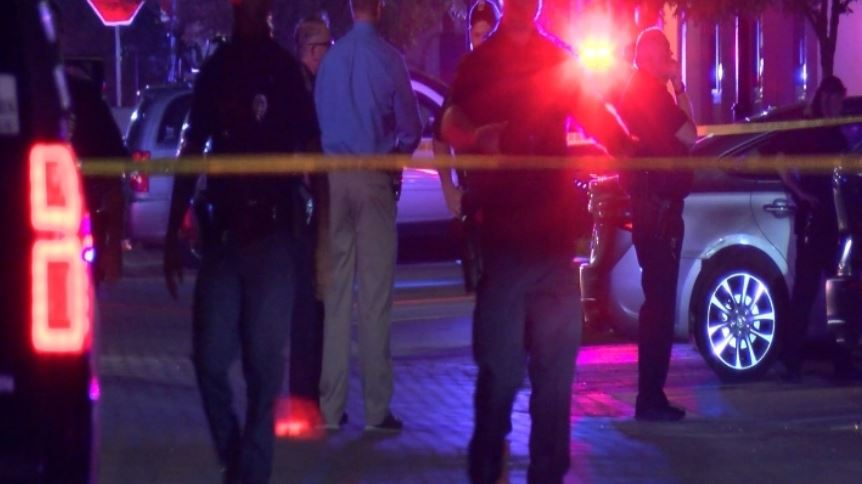 Man shoots 8, killing 1, after being kicked out of Kansas club, police say