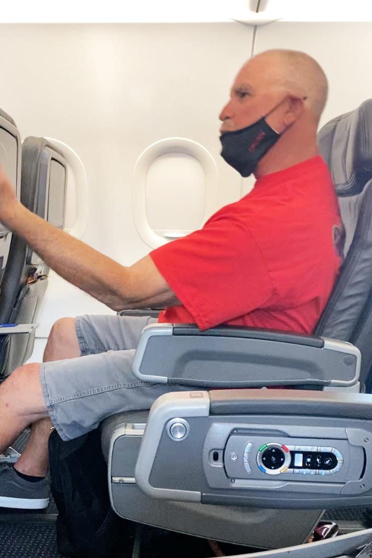 Video shows unruly passenger growling, screaming 'Joe Biden' on American Airlines flight