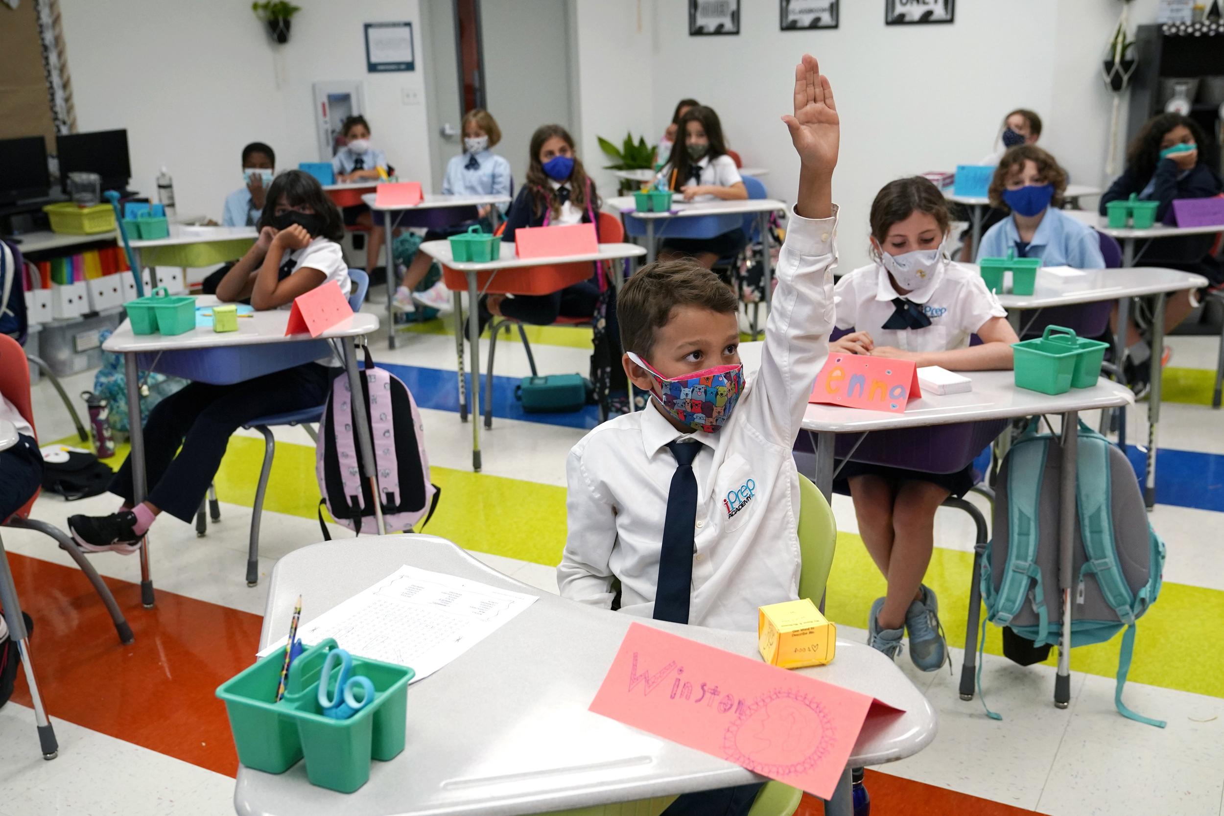 DeSantis' ban on Florida schools mask mandates reinstated for now