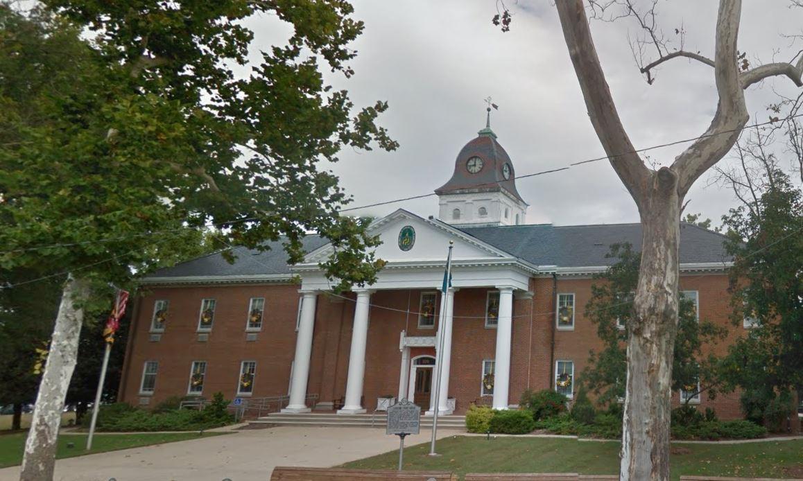 FBI agents sent to arrest Maryland judge find him dead, officials say