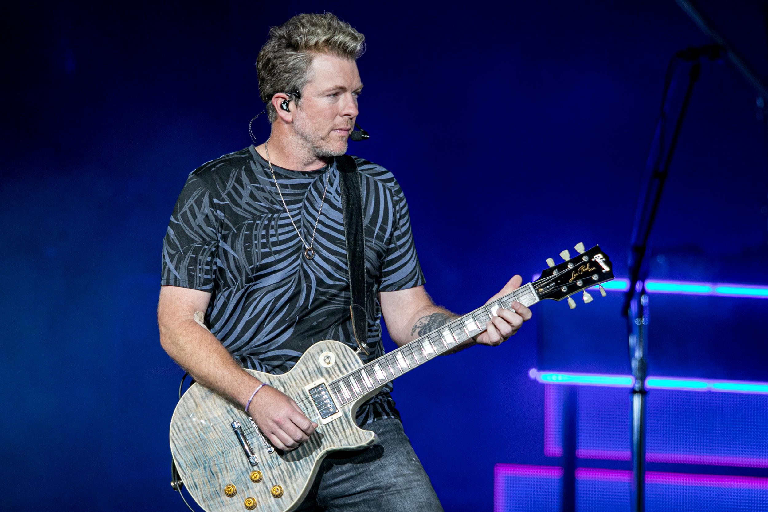 Rascal Flatts guitarist Joe Don Rooney arrested on DUI charge after crash