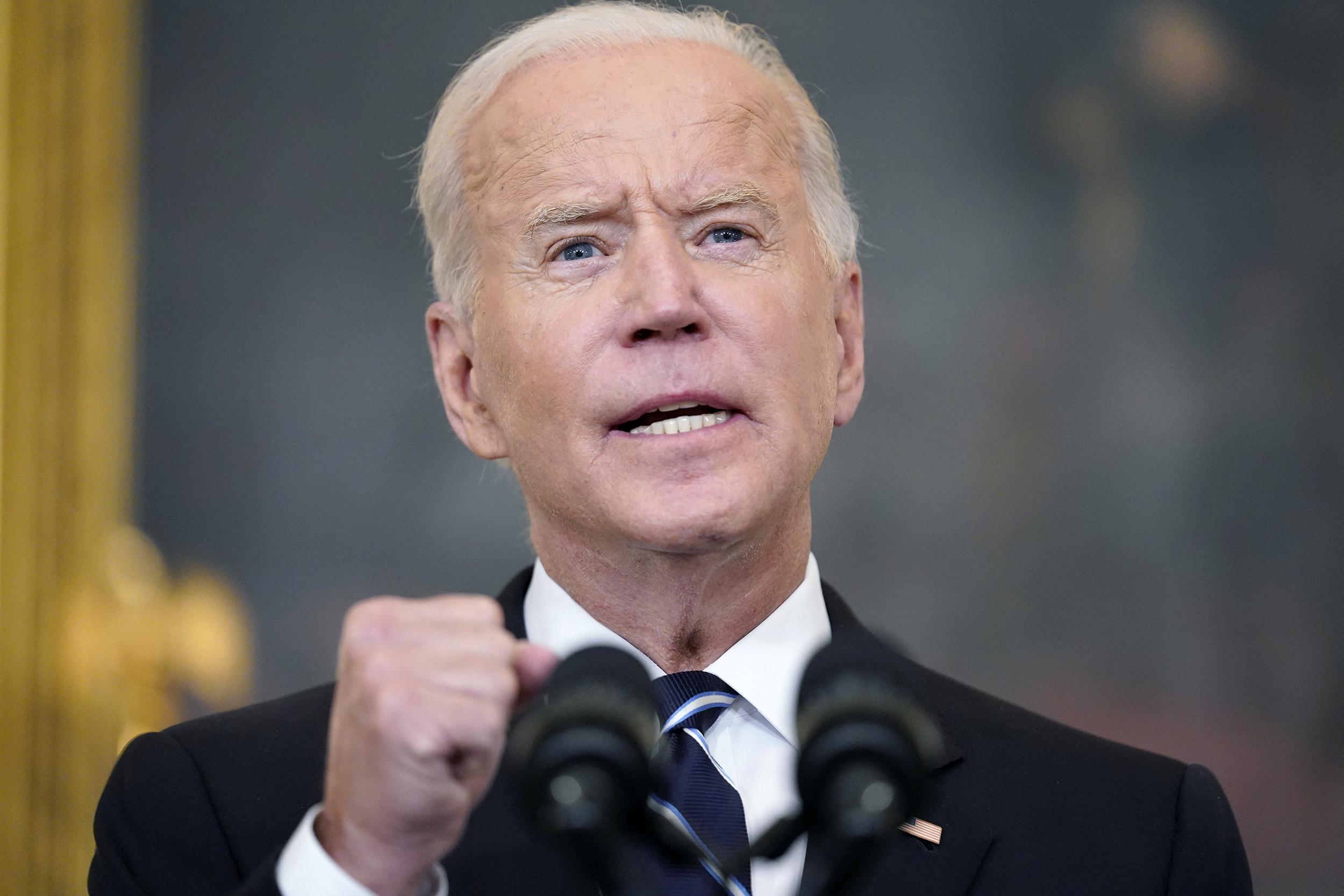 Is Biden's vaccine mandate 'unconstitutional'? Eye roll