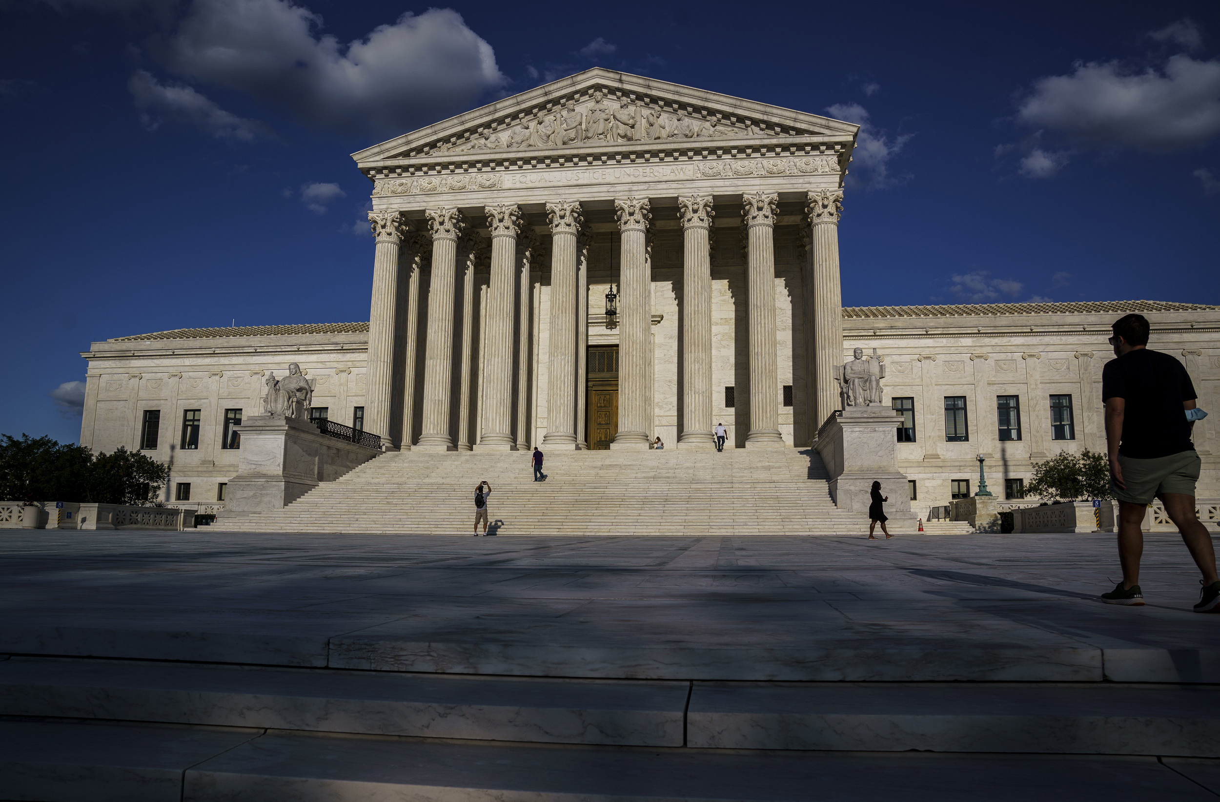 Abortion providers urge Supreme Court to reject Mississippi's 15-week ban