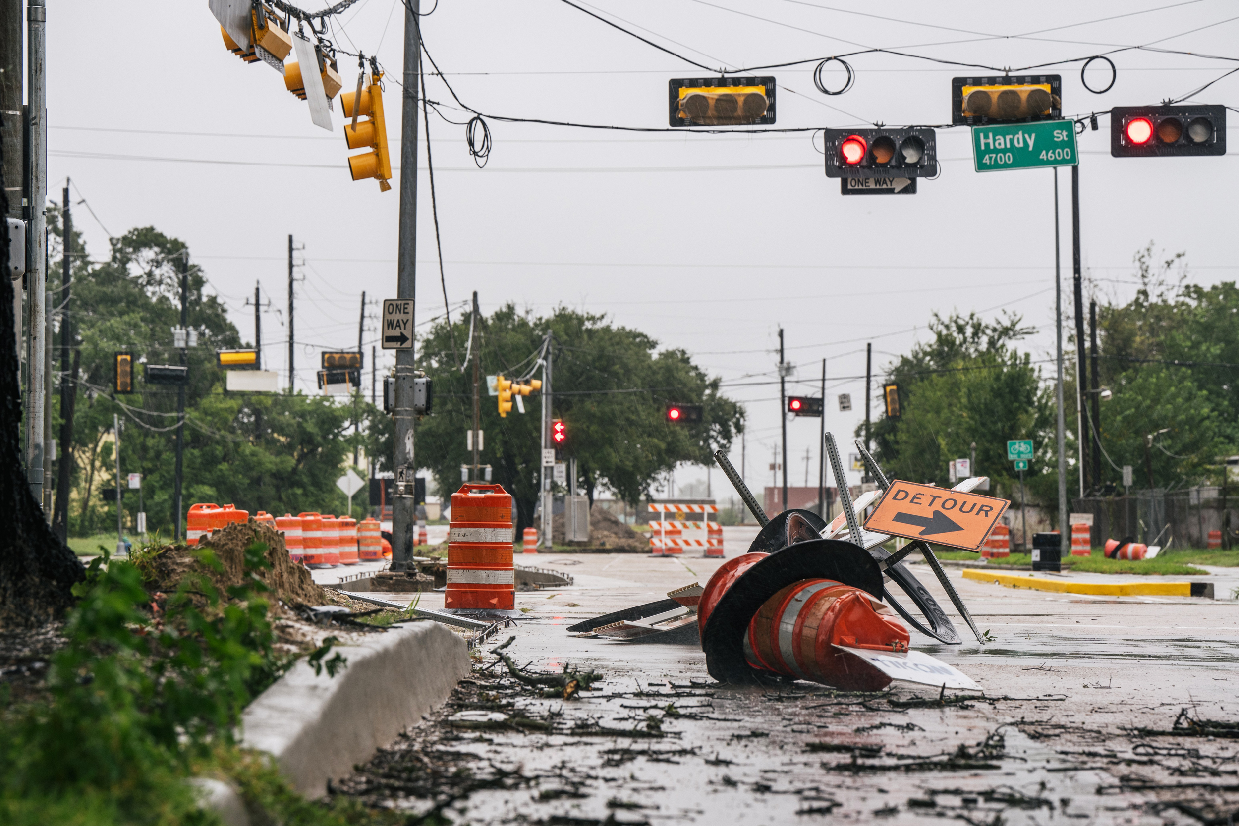 Tropical Storm Nicholas leaves 500,000 without power in Texas