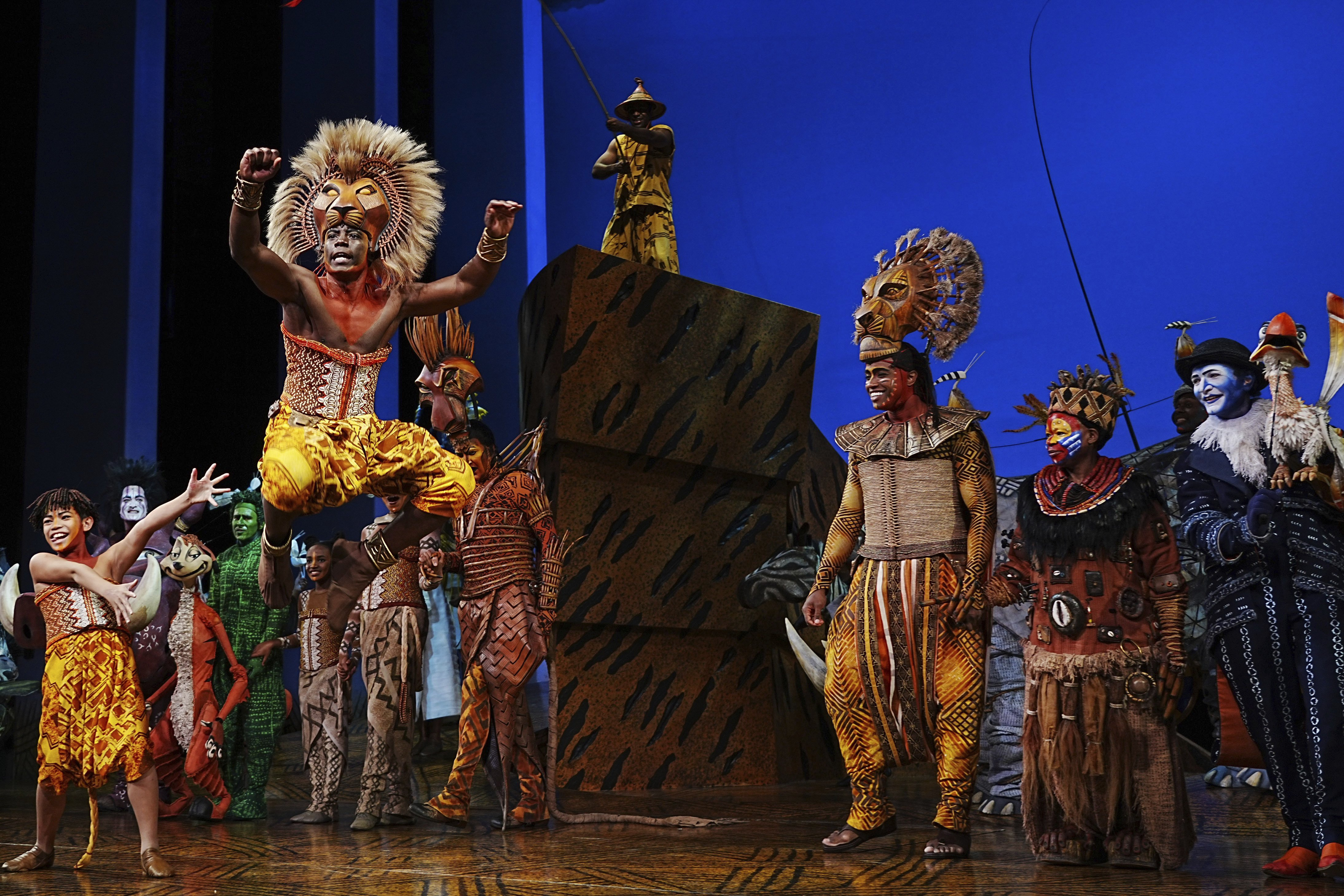 Fans, performers — and local businesses — celebrate the return of Broadway