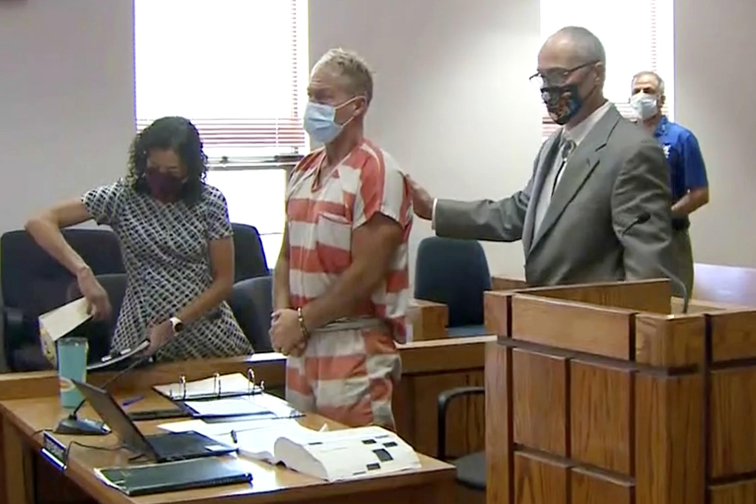 Colorado man 'hunted' down wife in murder plot, authorities allege