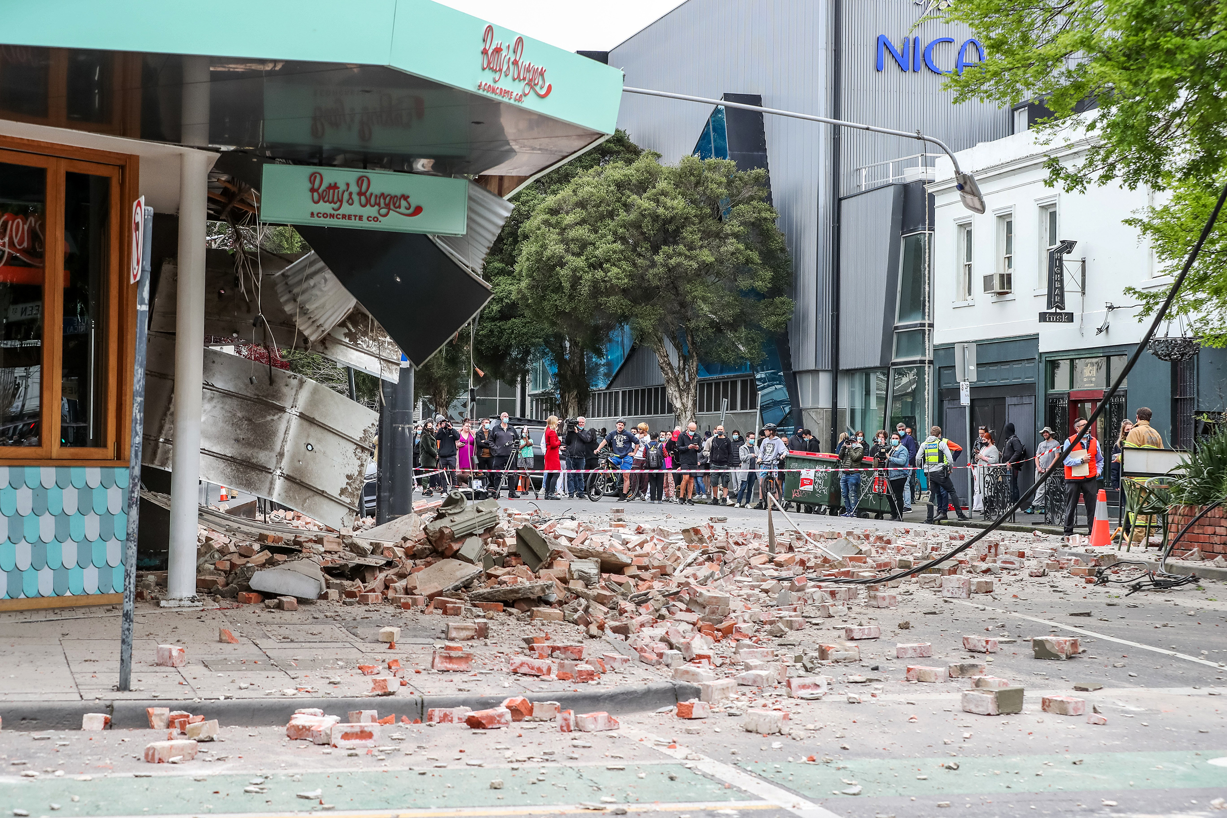 5.8-magnitude earthquake strikes Australia; shaking felt in Melbourne