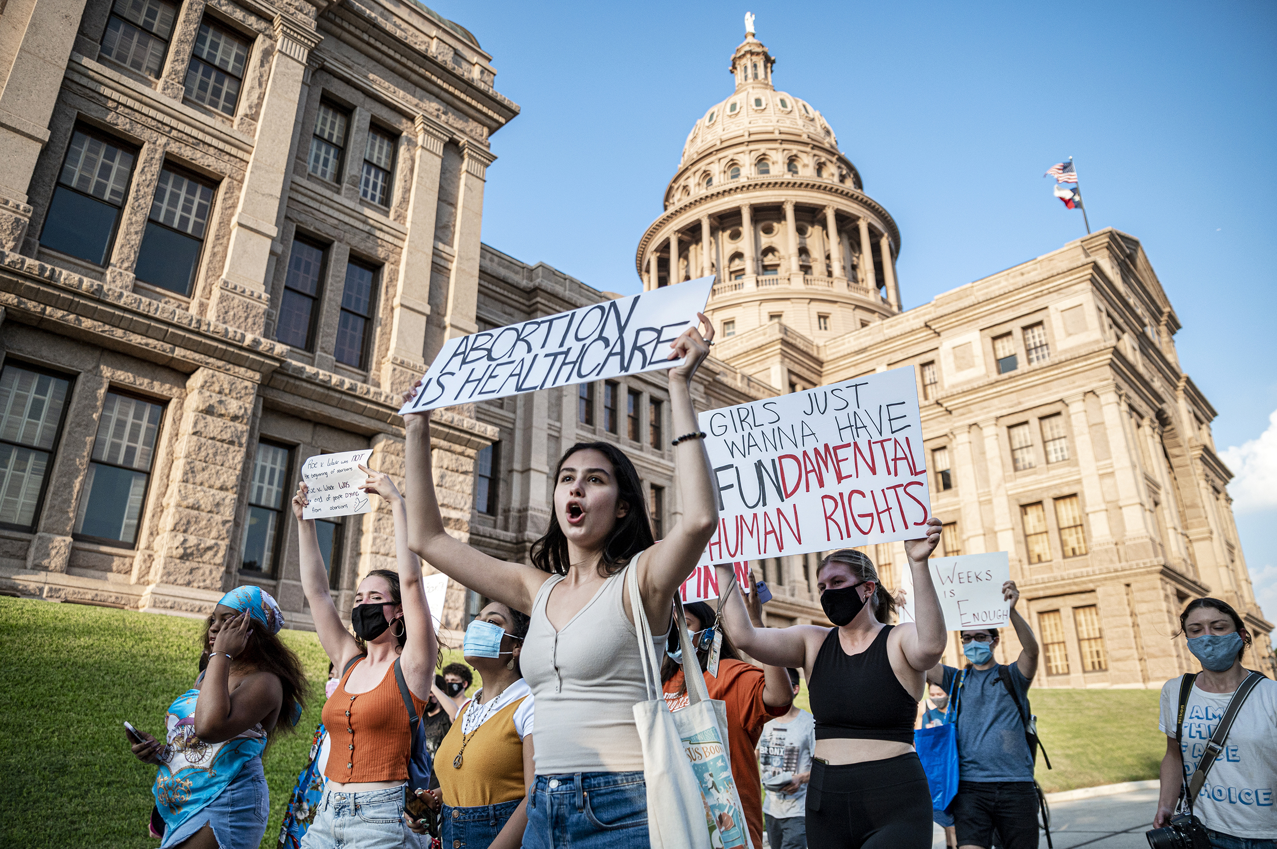 Justice Department appears in Texas court to challenge restrictive abortion law